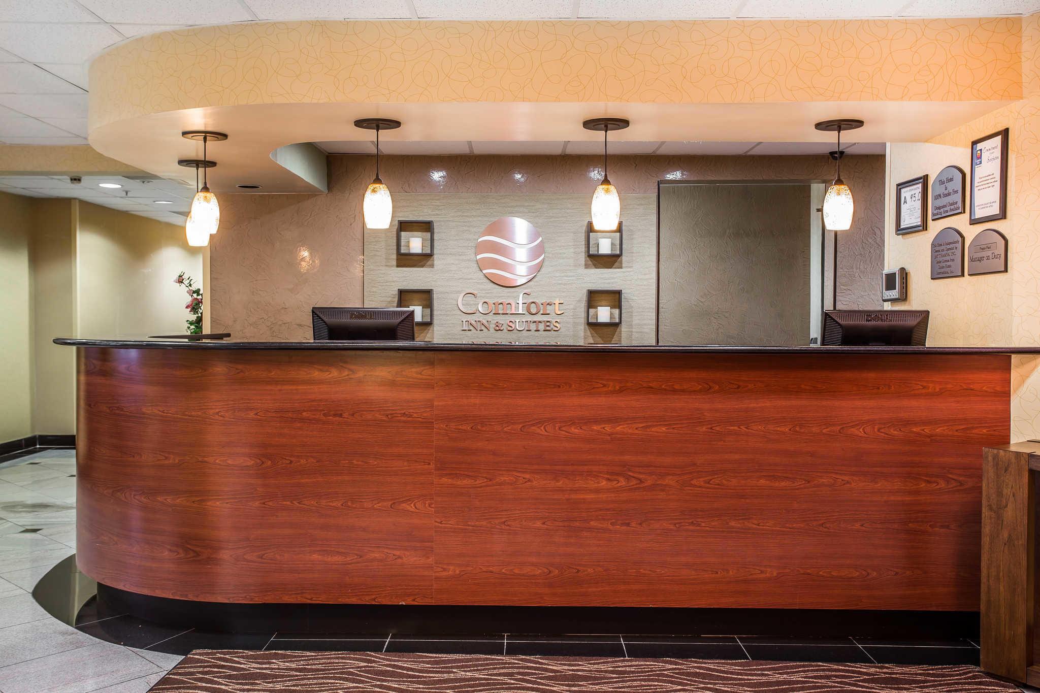 Comfort Inn & Suites Lake Norman image 2