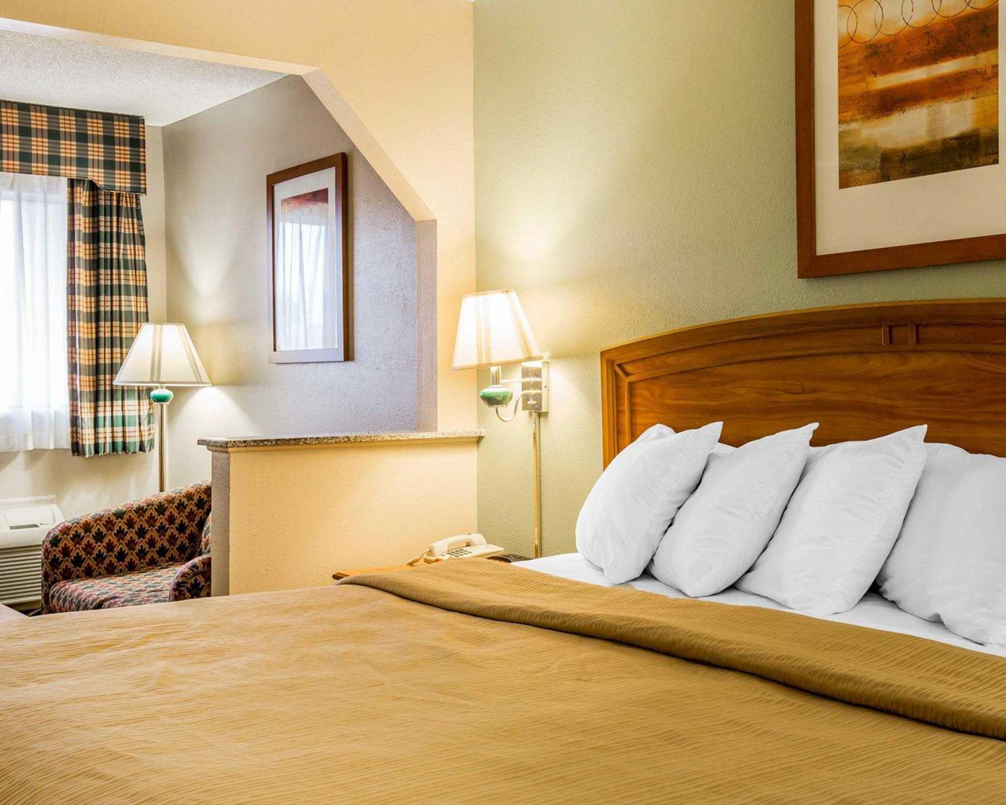 Quality Inn & Suites Dublin image 5