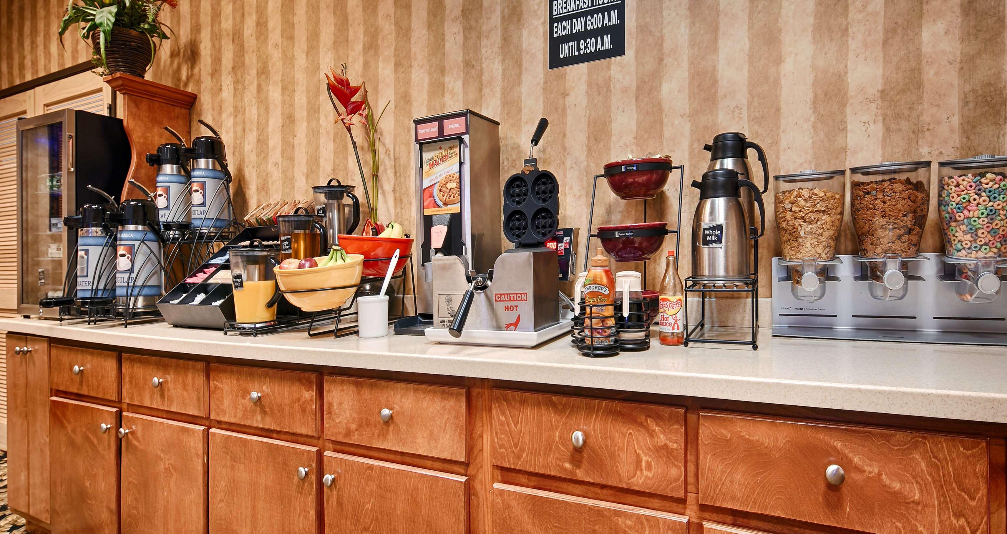 Best Western Fayetteville Inn image 10