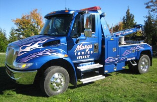 Mary's Towing image 0