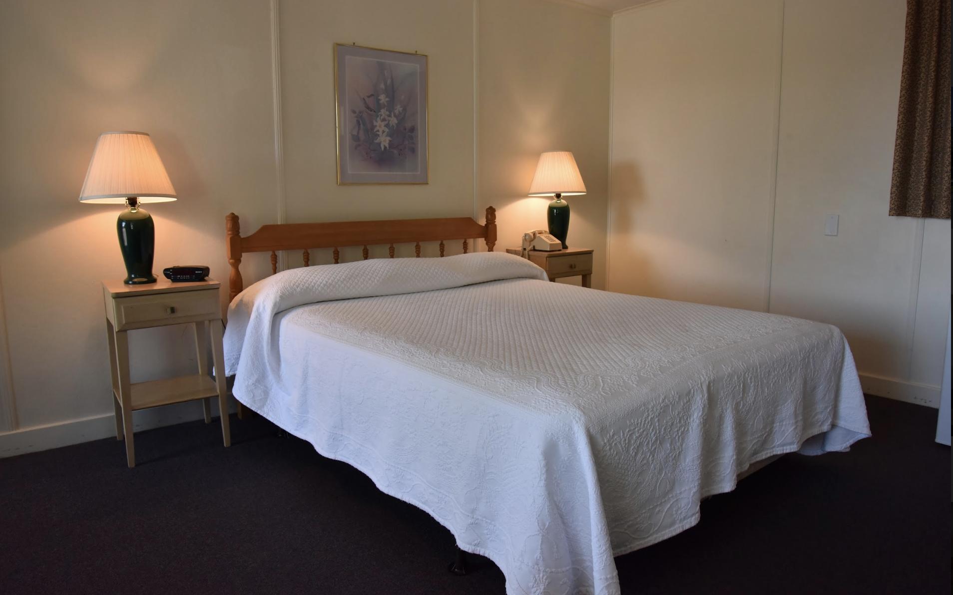 Edenbrook Motel image 7