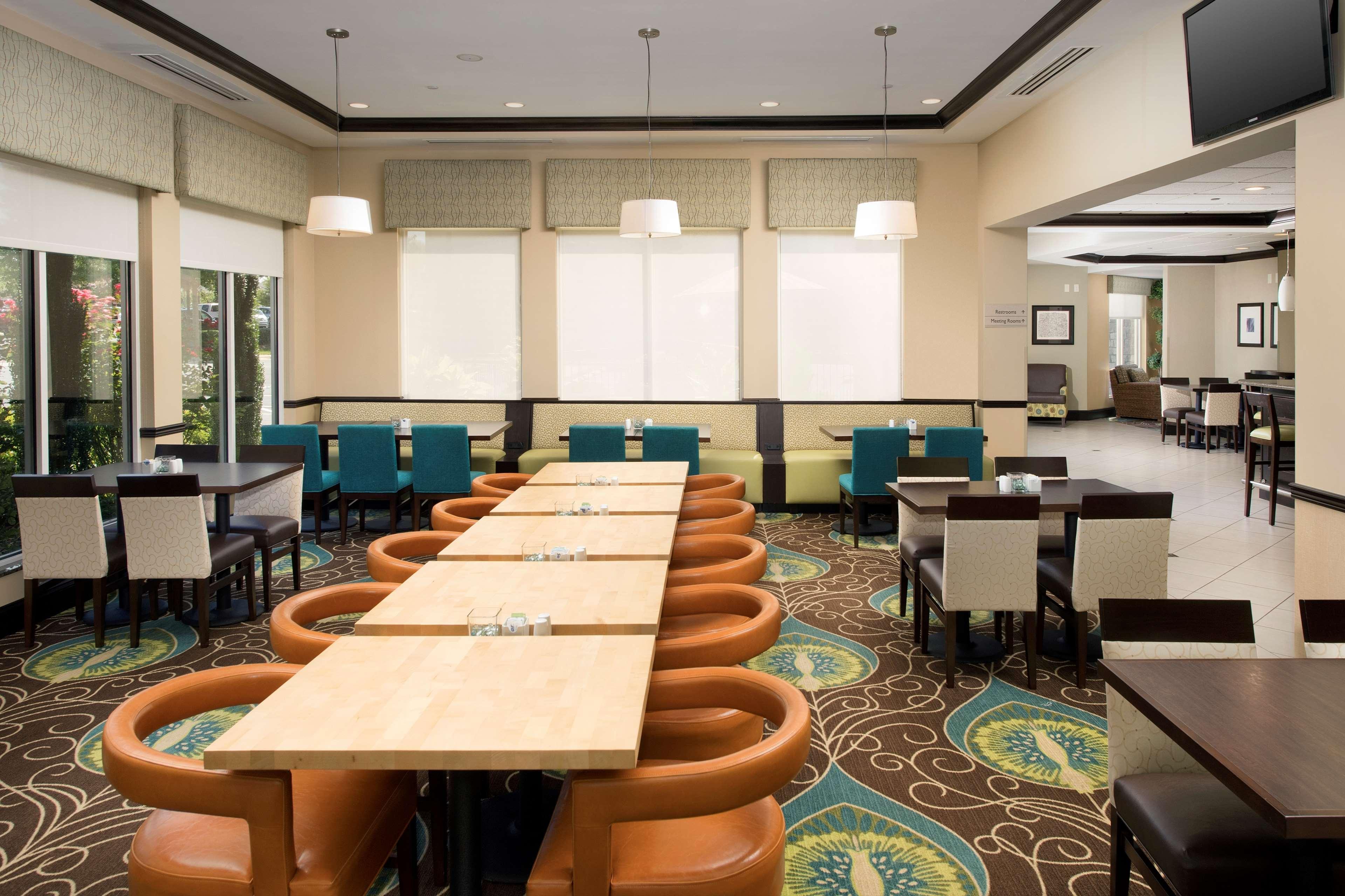 Hilton Garden Inn Winston-Salem/Hanes Mall image 9