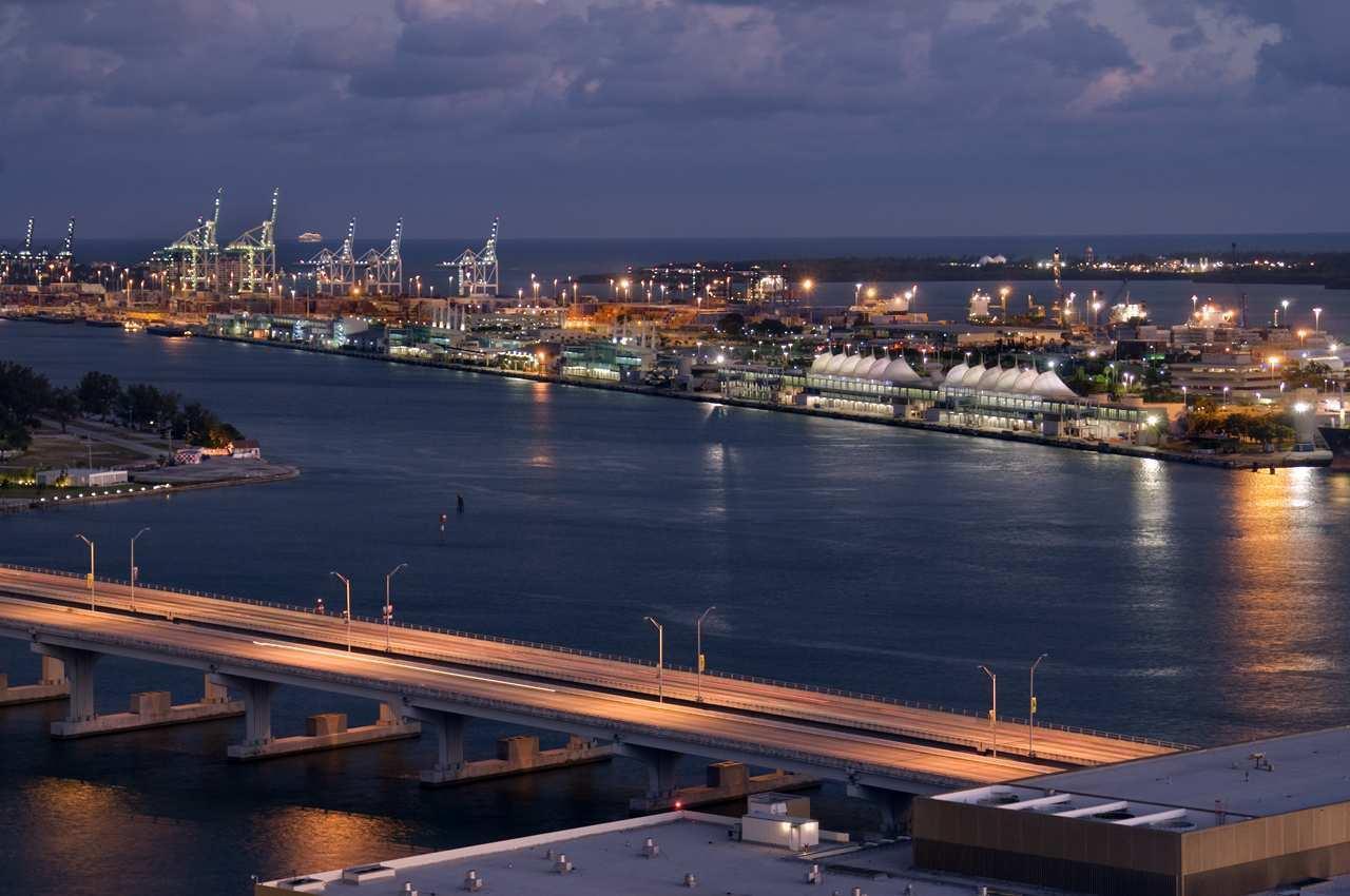 Hilton Miami Downtown image 27