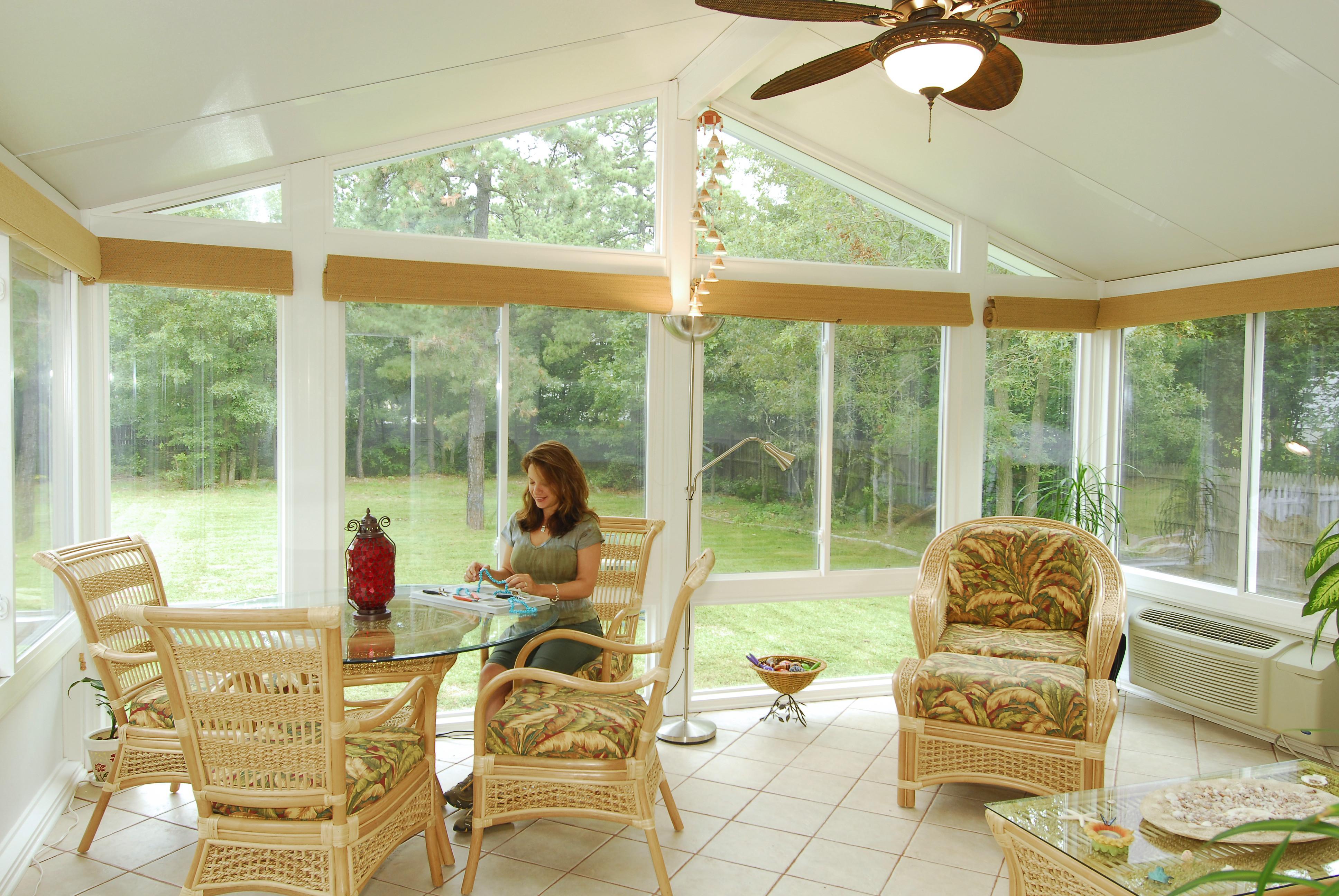 Four seasons sunrooms utica mi company profile for 4 season sunroom