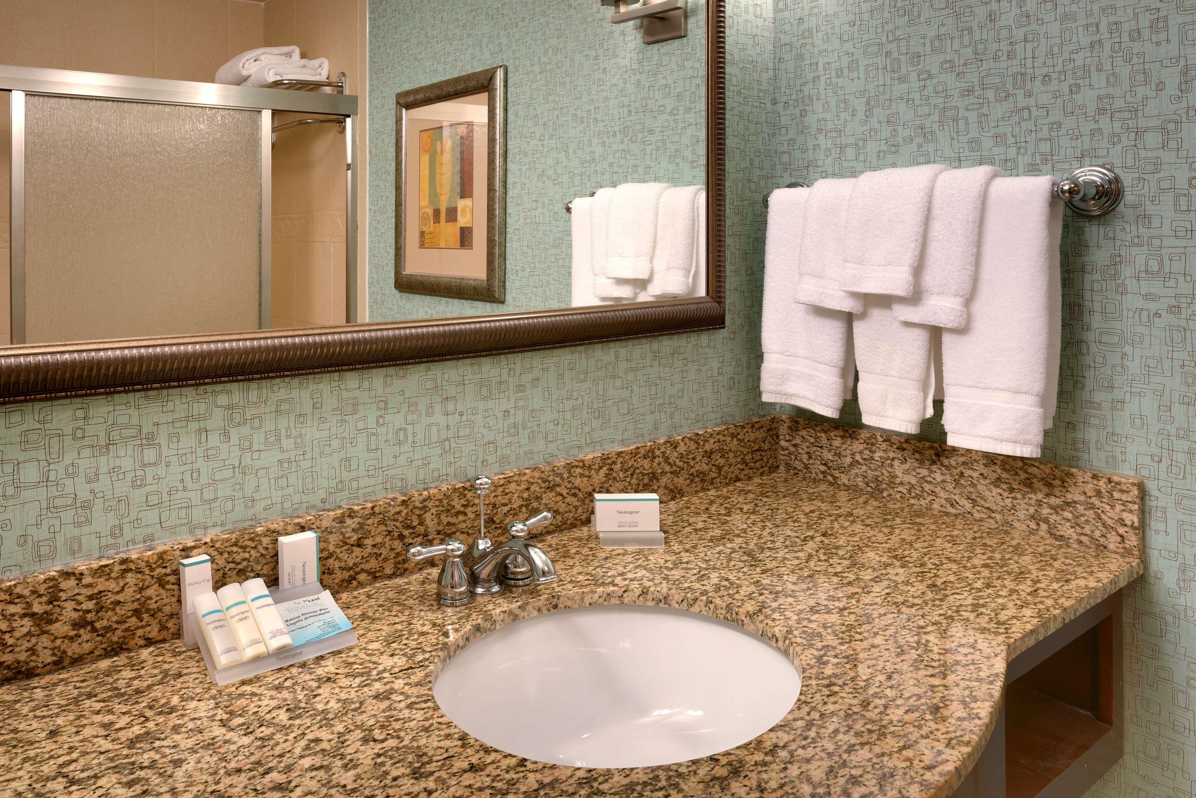 Hilton Garden Inn Clarksville image 17