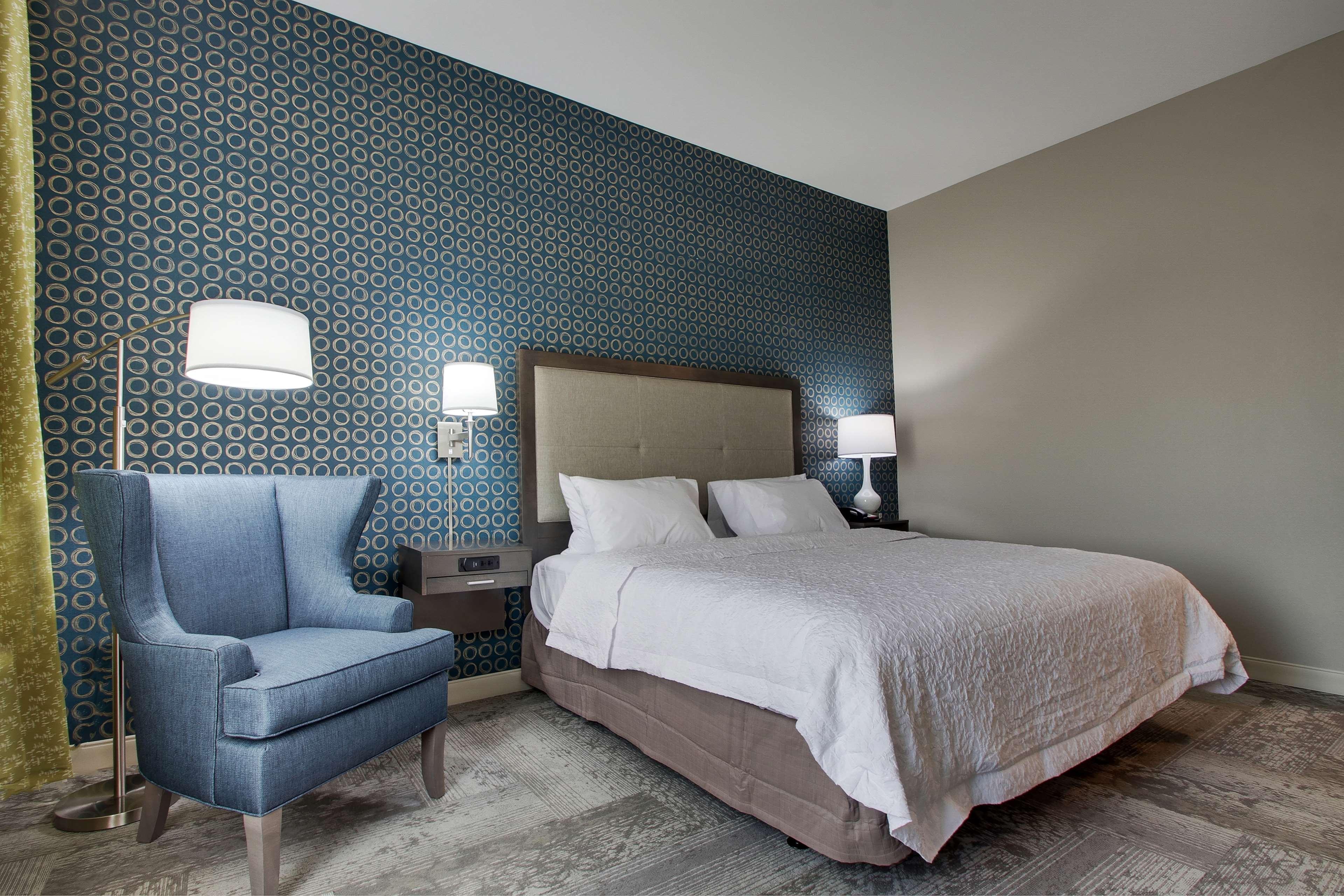Hampton Inn & Suites Knightdale Raleigh image 38