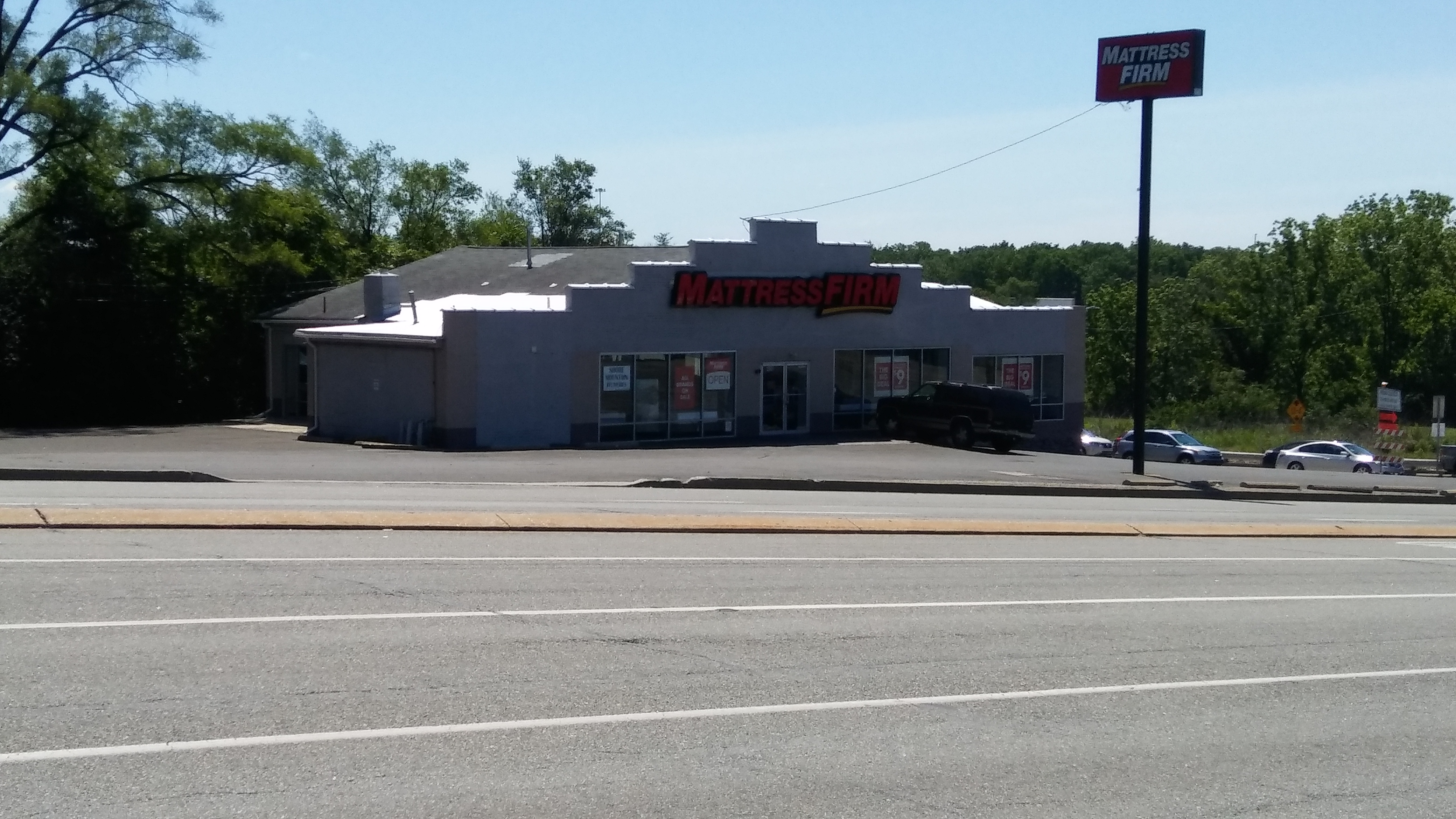 Mattress Firm Plymouth Meeting image 2