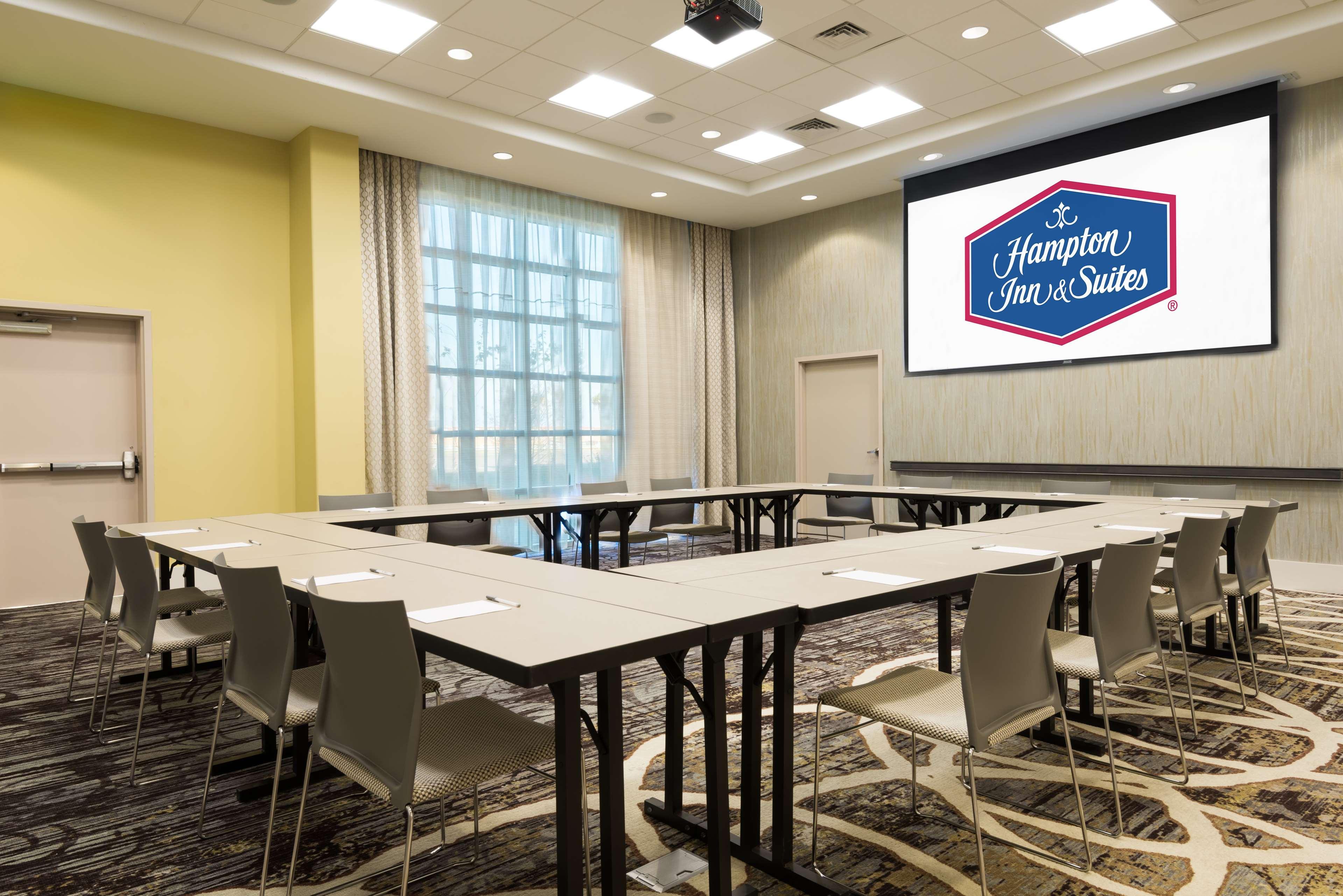 Hampton Inn & Suites Tampa Airport Avion Park Westshore image 28