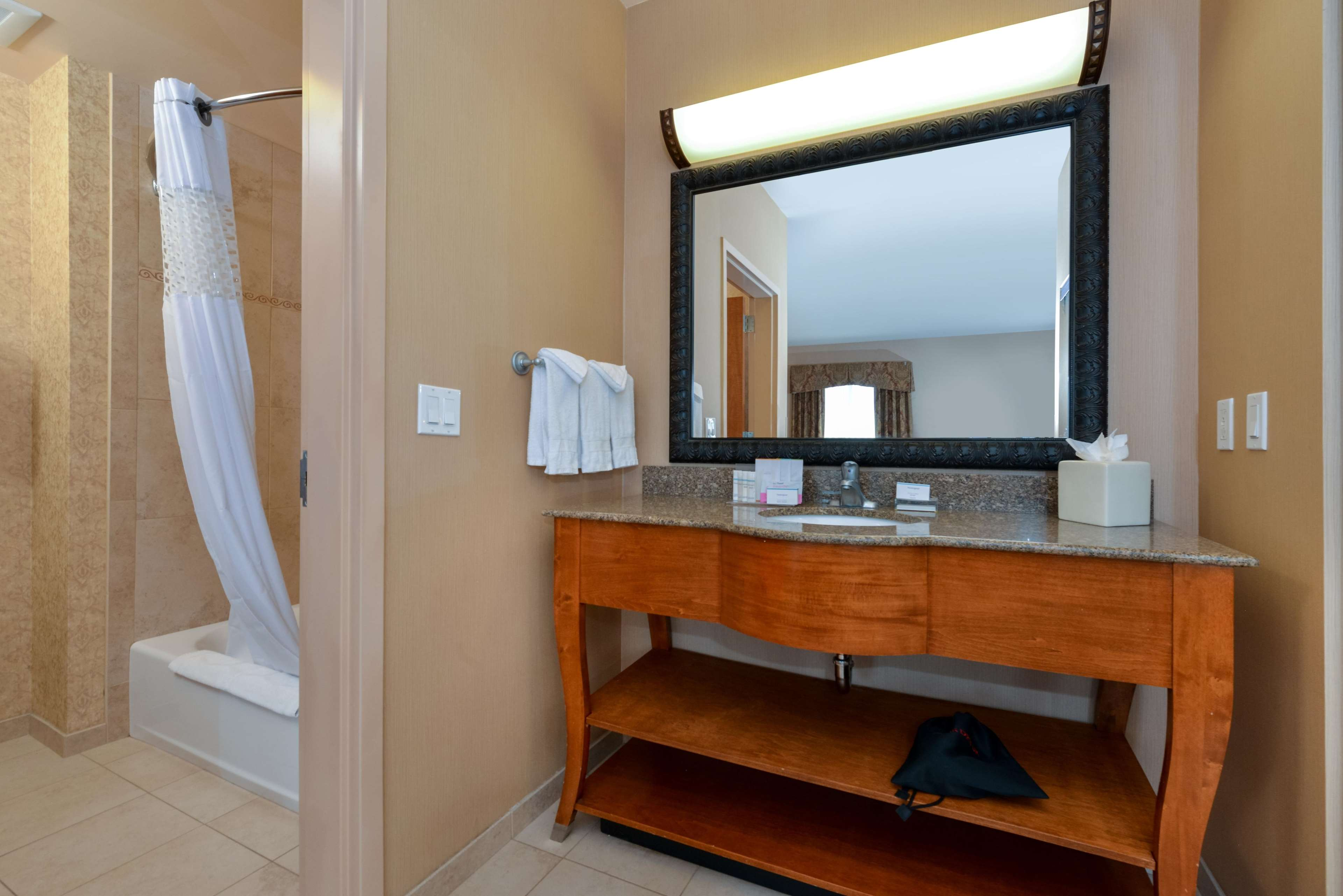 Hampton Inn & Suites Salt Lake City-West Jordan image 41