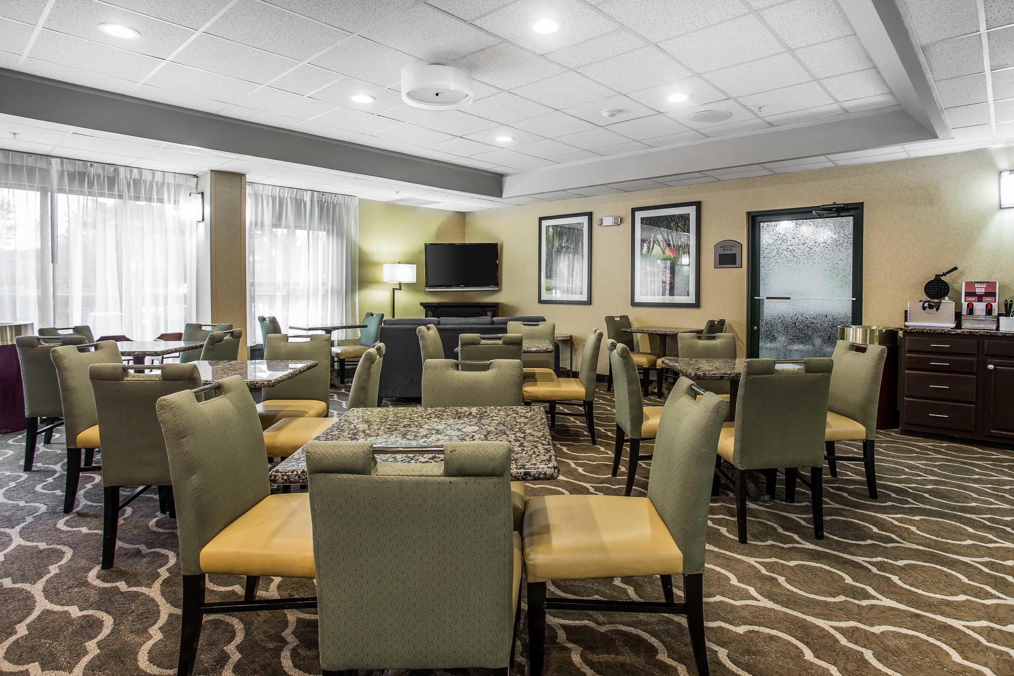 Comfort Inn & Suites Lake Norman image 27