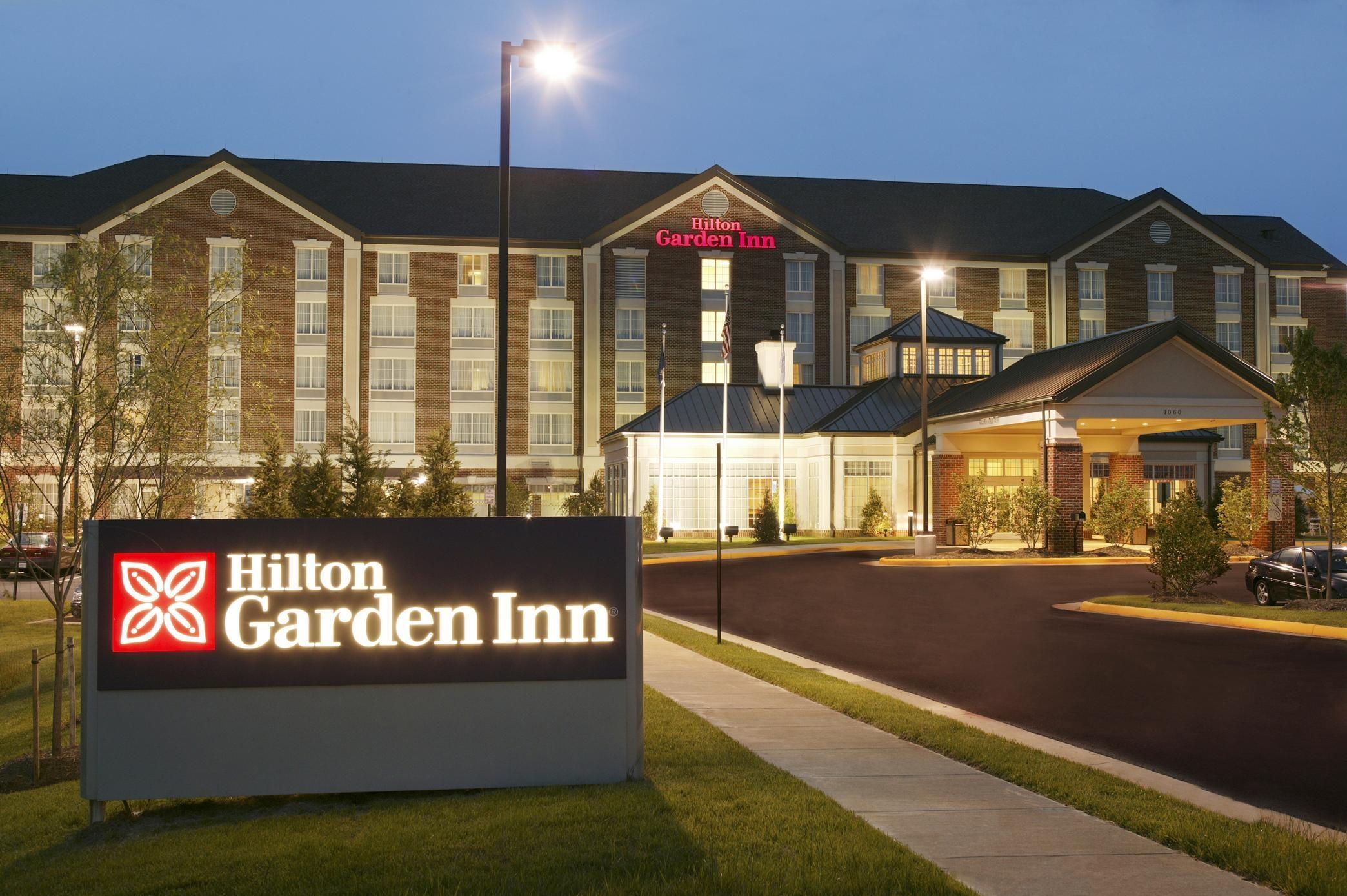 Perfect Hilton Garden Inn Worcester Crest - Brown Nature Garden ...