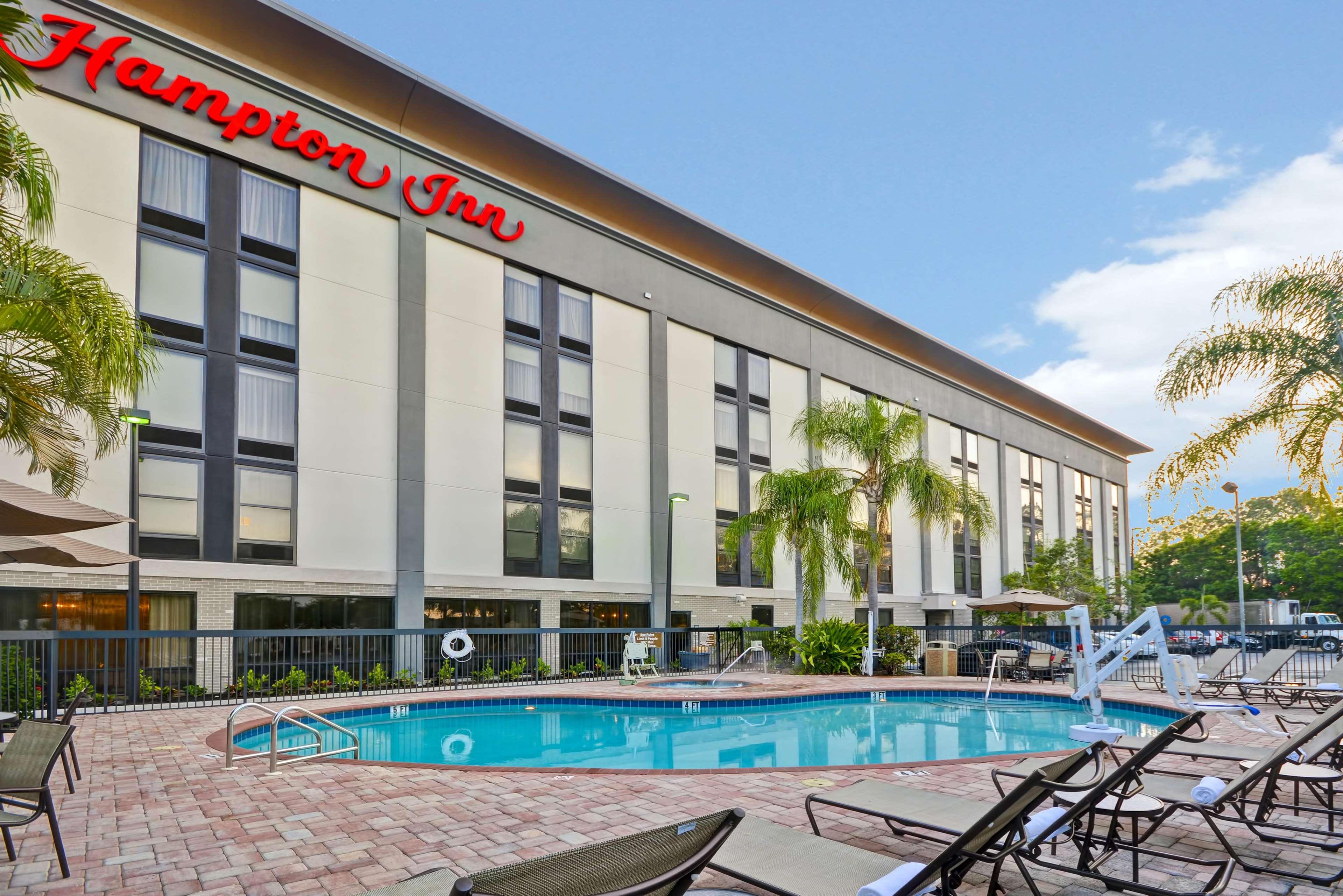 Hampton Inn Sarasota - I-75 Bee Ridge image 18