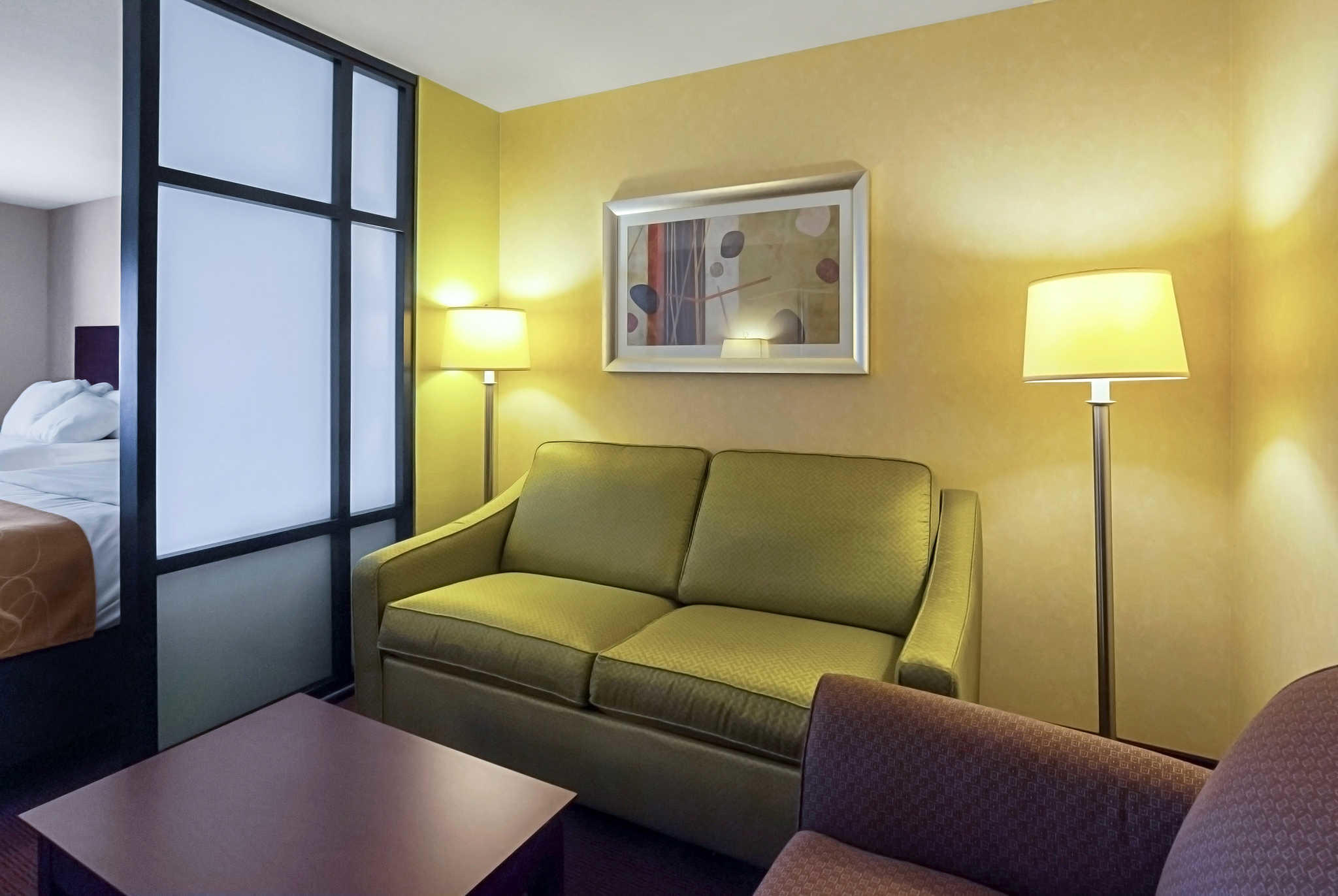 Comfort Suites Manhattan image 10
