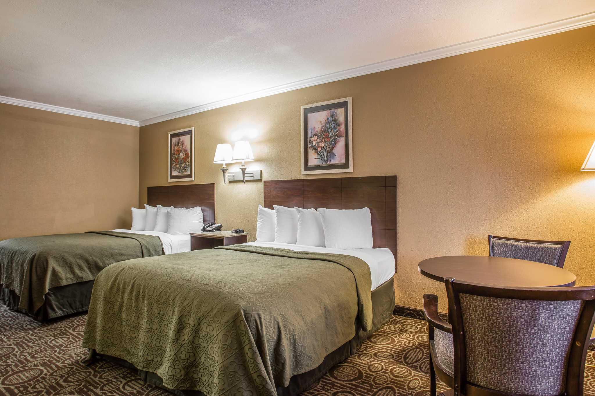 Quality Inn & Suites Ft. Jackson Maingate image 13
