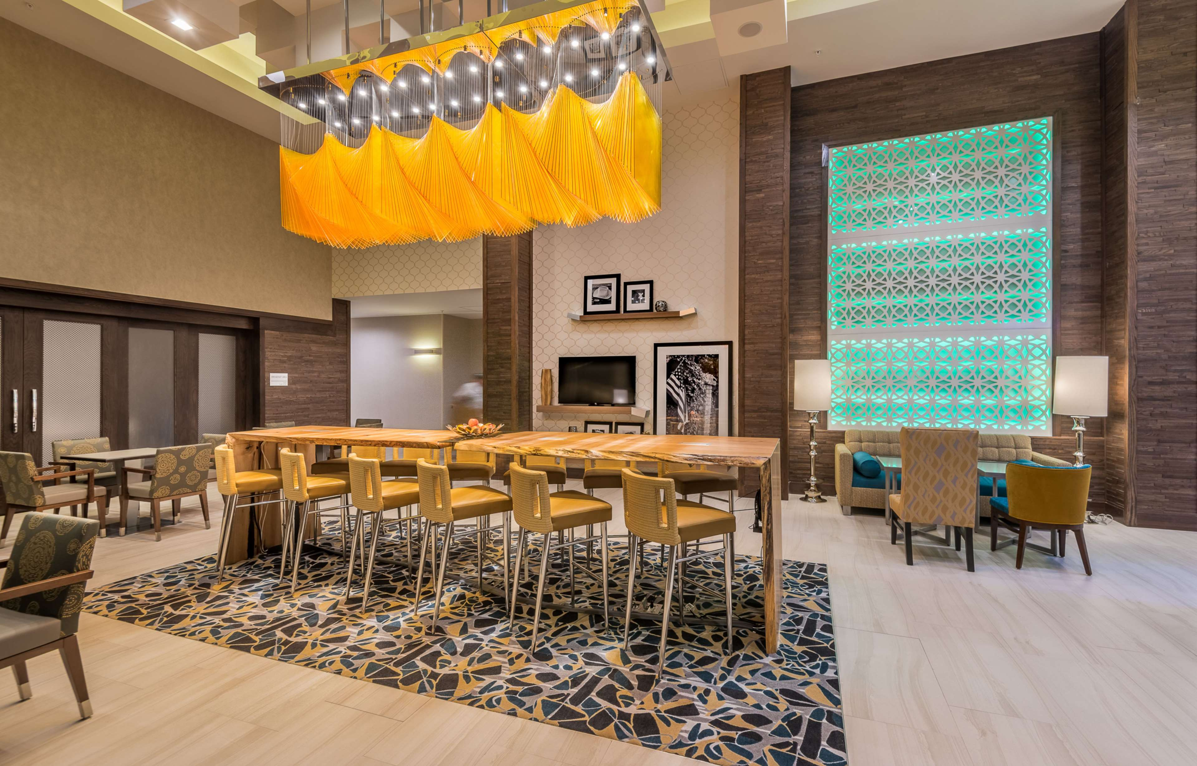 Hampton Inn & Suites Dallas-The Colony, TX image 5