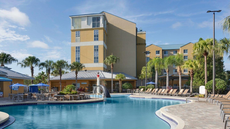 Fairfield Inn & Suites by Marriott Orlando at SeaWorld® image 10
