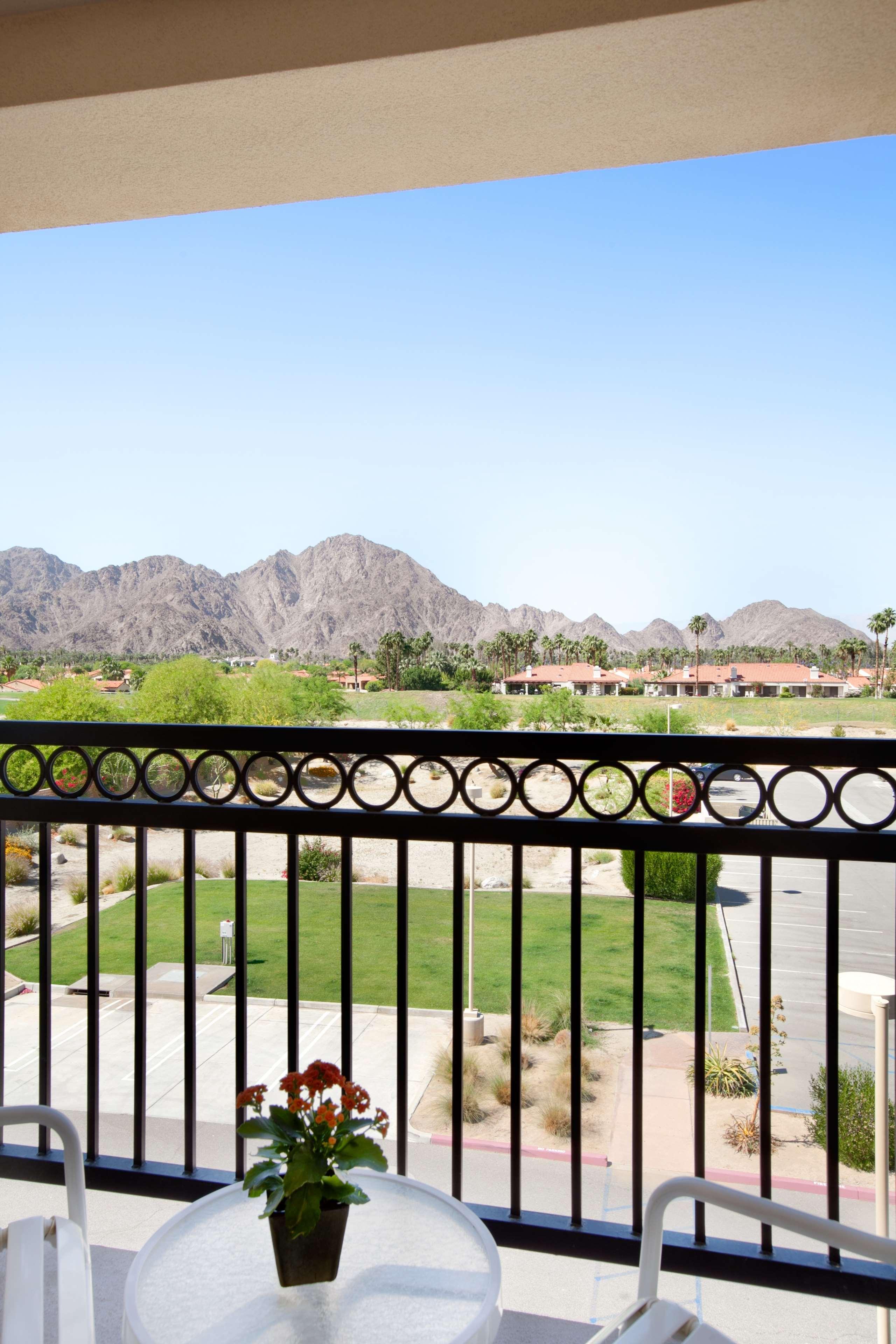 Embassy Suites by Hilton La Quinta Hotel & Spa image 31