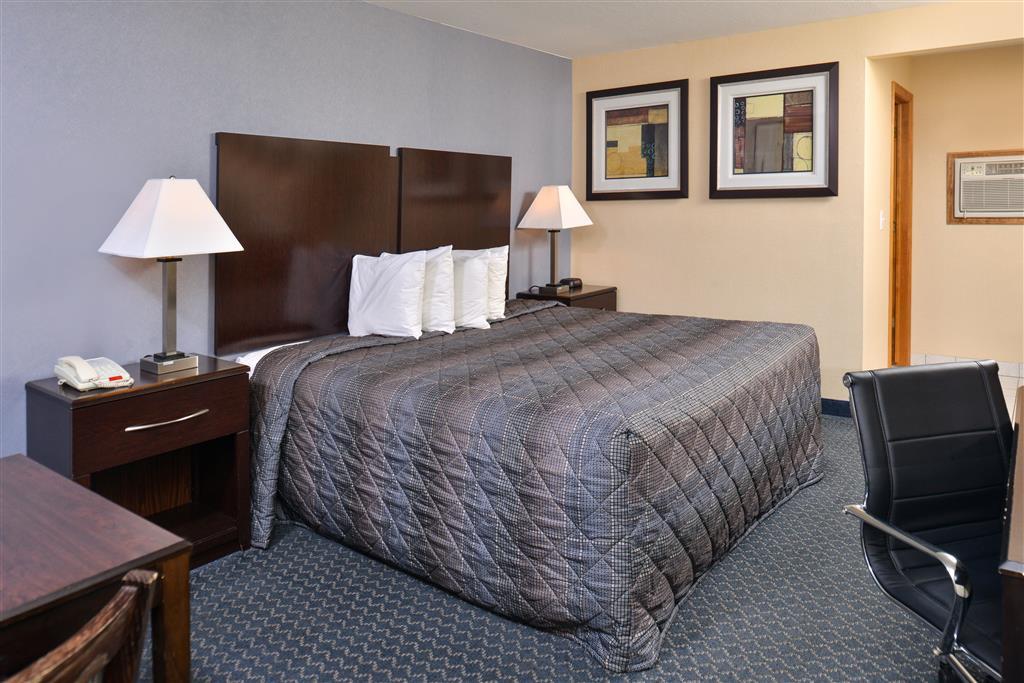 Americas Best Value Inn - Danbury image 6