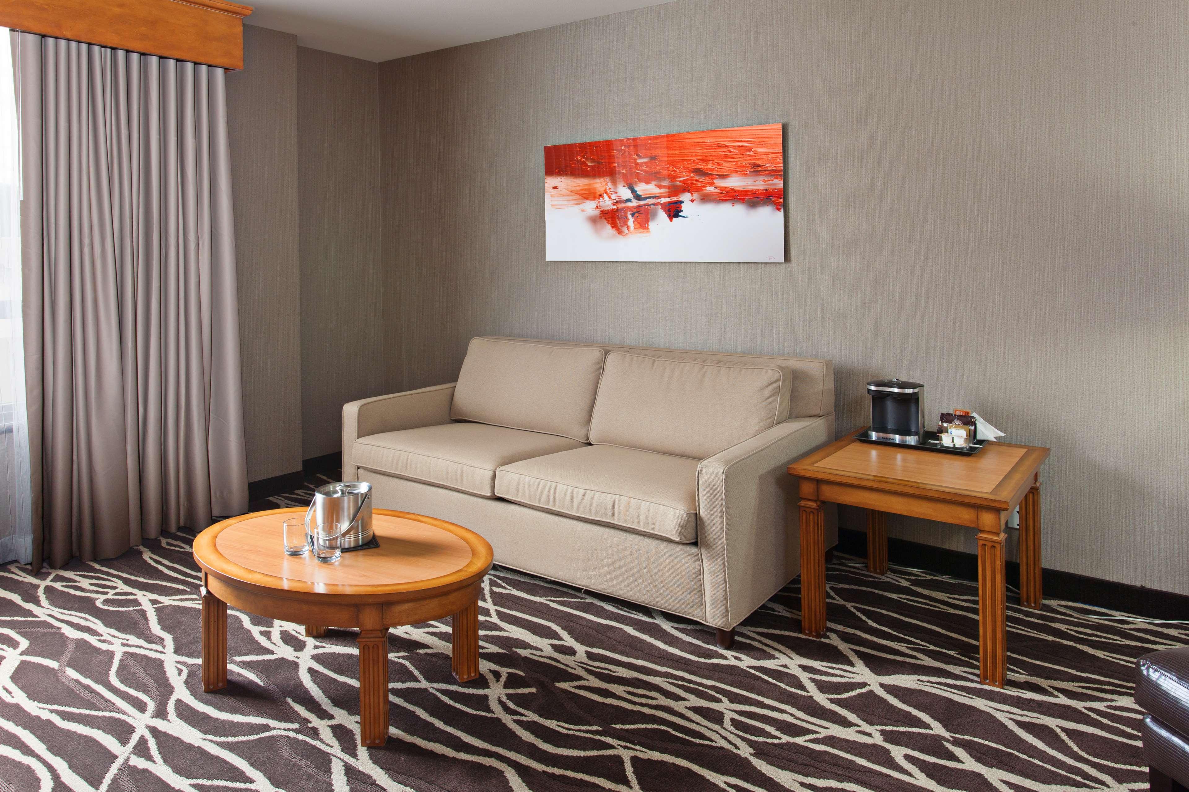 DoubleTree by Hilton Hotel San Bernardino image 13