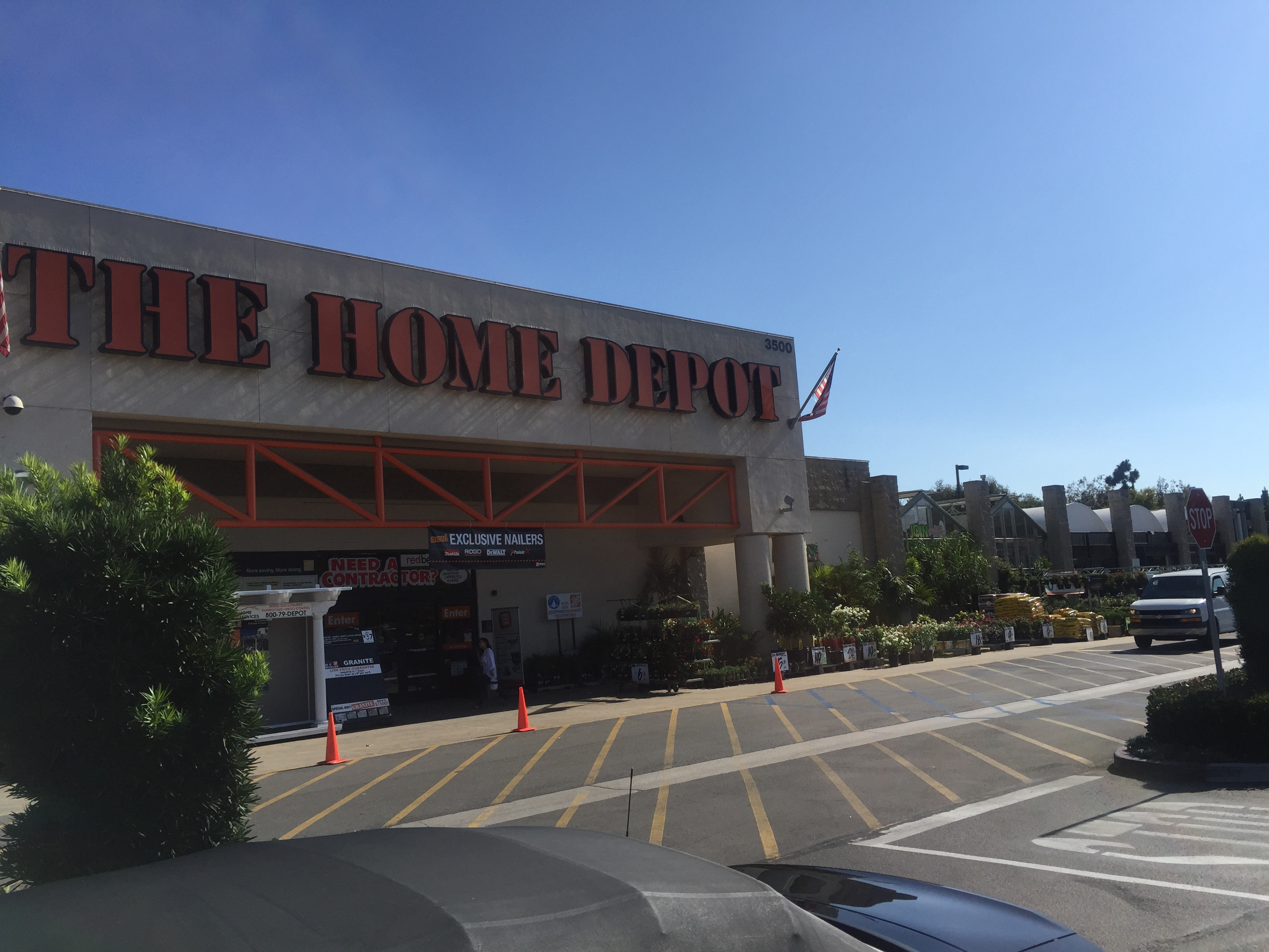 The home depot in santa ana ca whitepages for Z furniture outlet santa ana