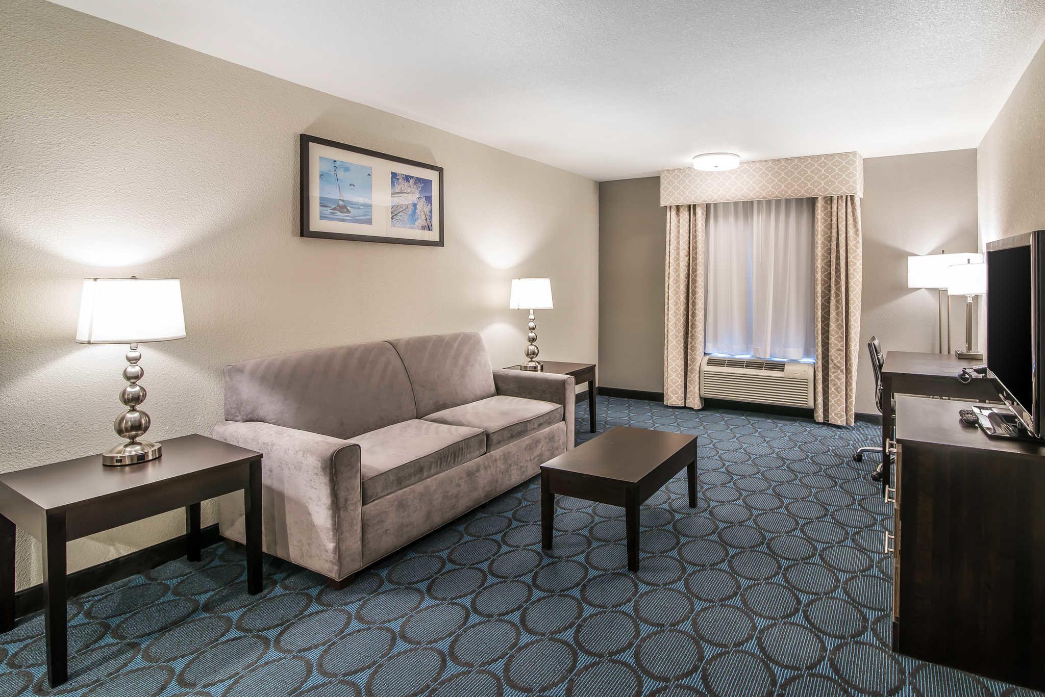 Quality Inn & Suites - Ruidoso Hwy 70 image 20