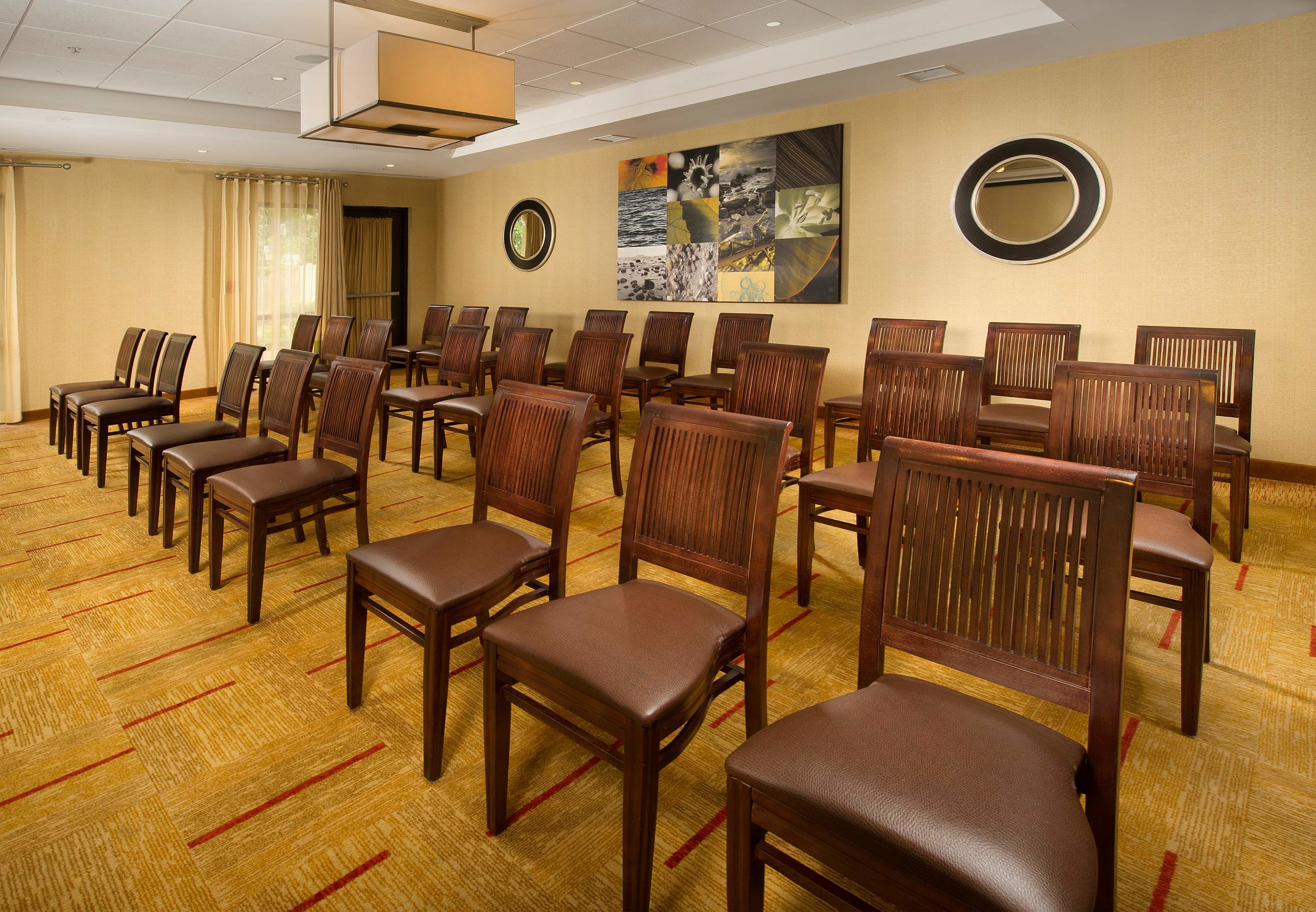 Courtyard By Marriott Waldorf At 3145 Crain Highway Waldorf Md On Fave