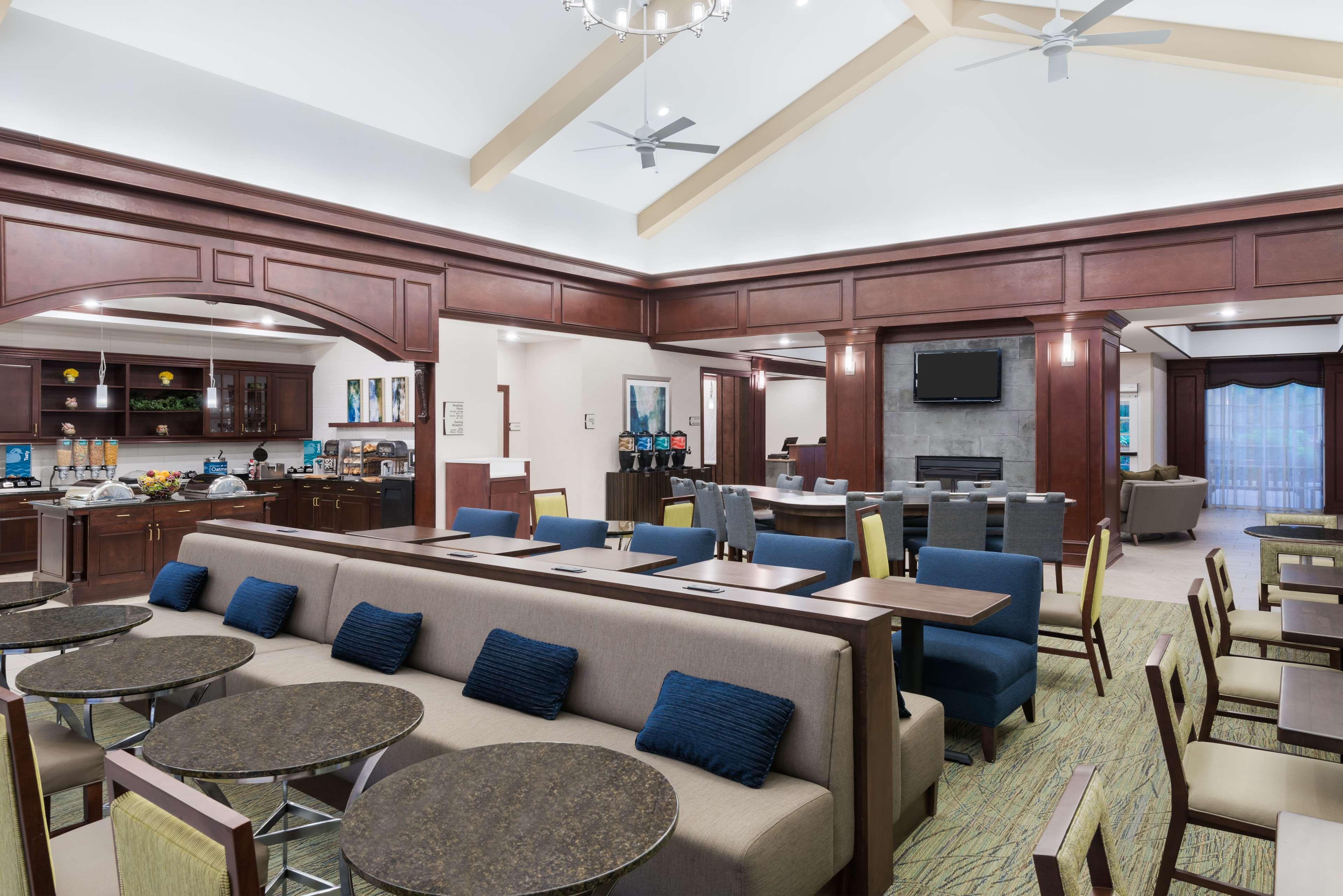 Homewood Suites by Hilton Holyoke-Springfield/North image 7