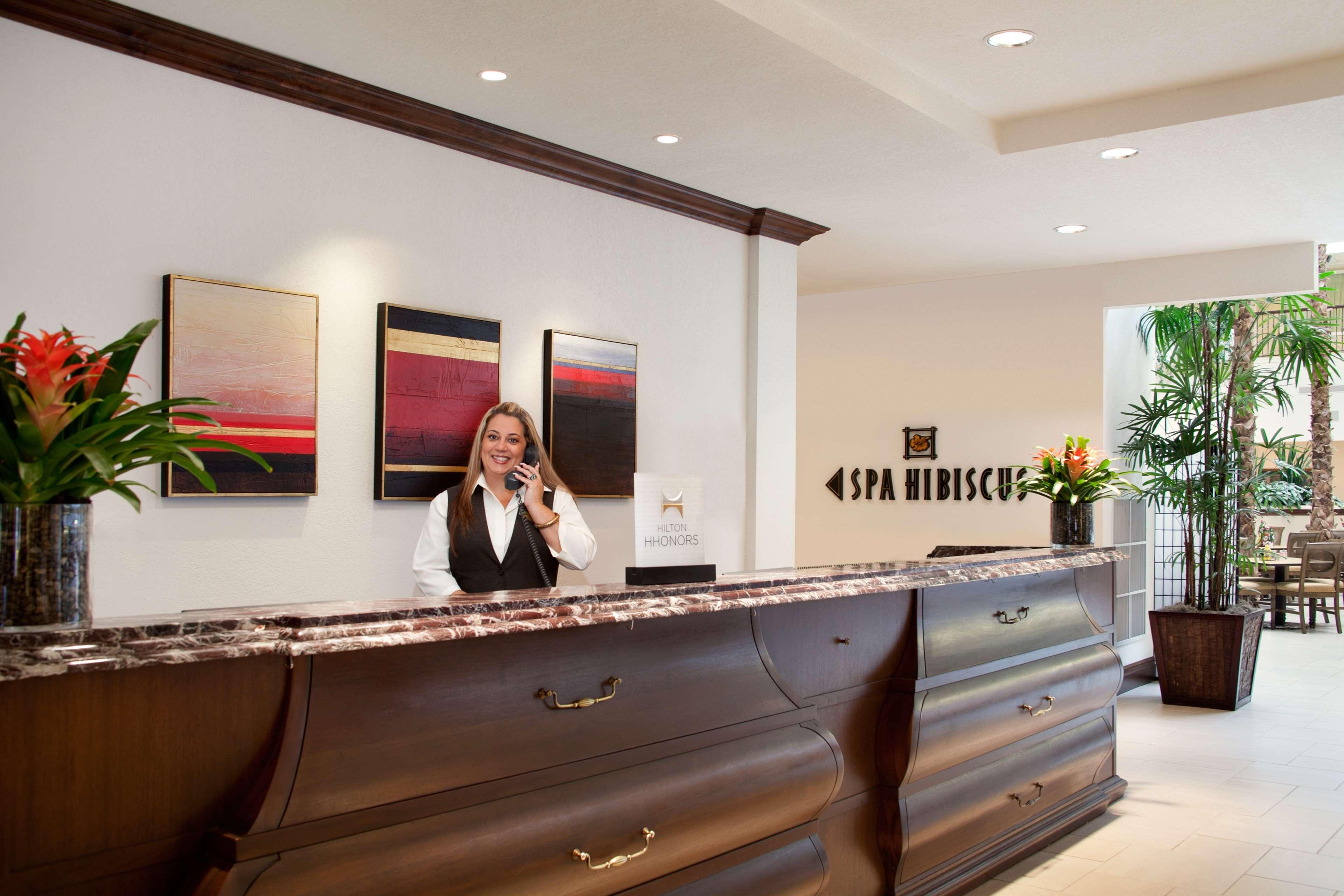 Embassy Suites by Hilton La Quinta Hotel & Spa image 6