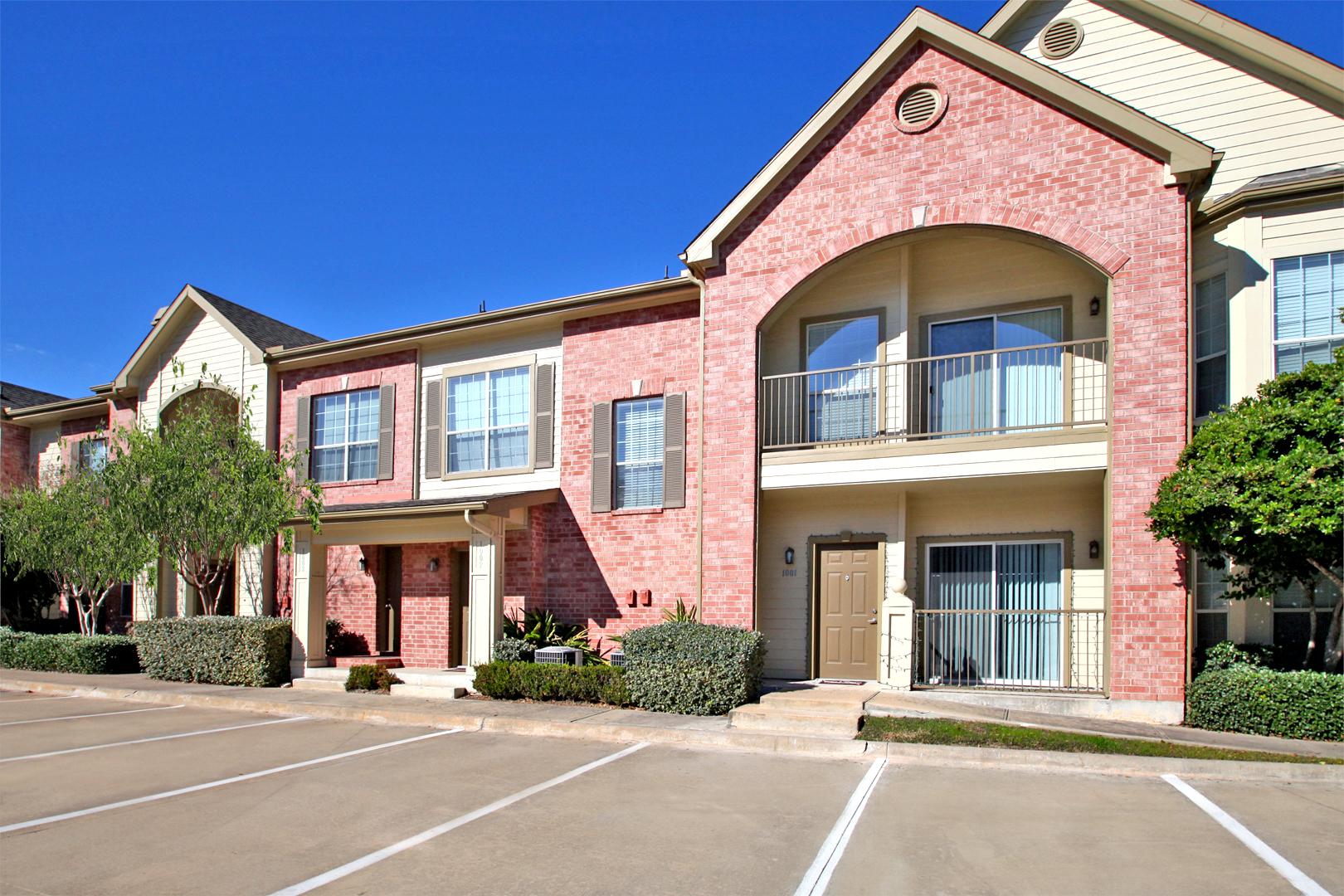 The Bellagio Apartments in Houston, TX image 11