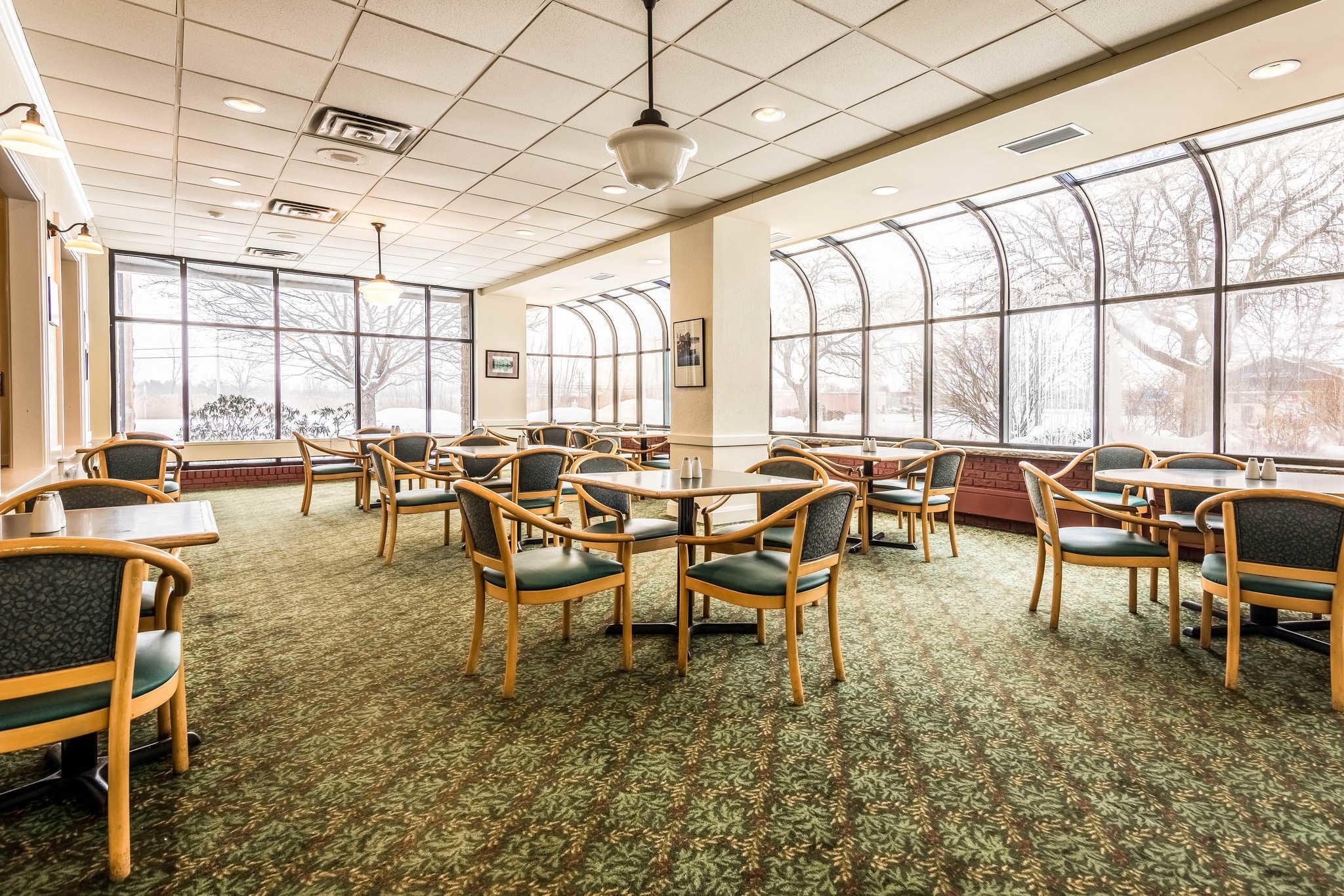 Quality Inn near Finger Lakes and Seneca Falls image 25
