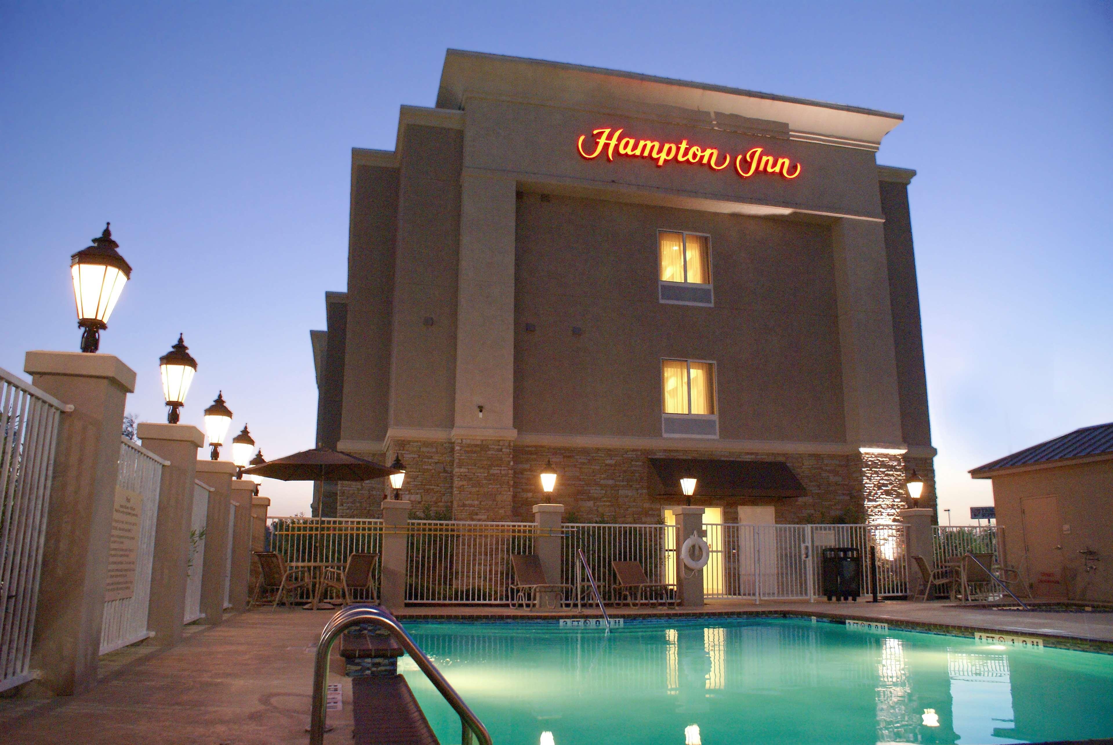 Hampton Inn Orange image 13