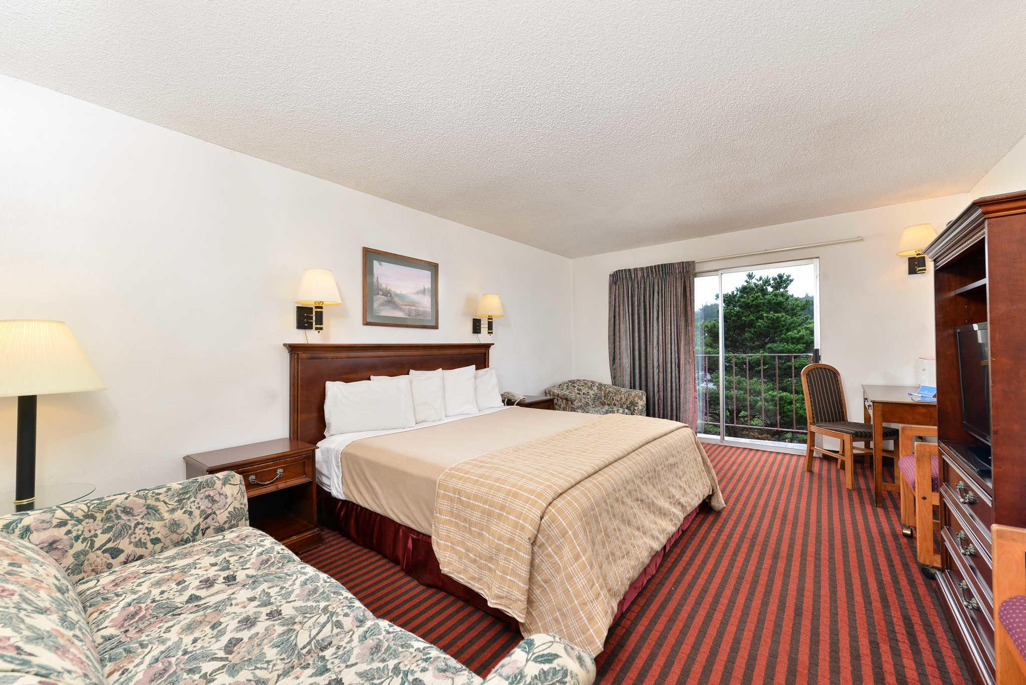 Rodeway Inn & Suites - Closed image 19