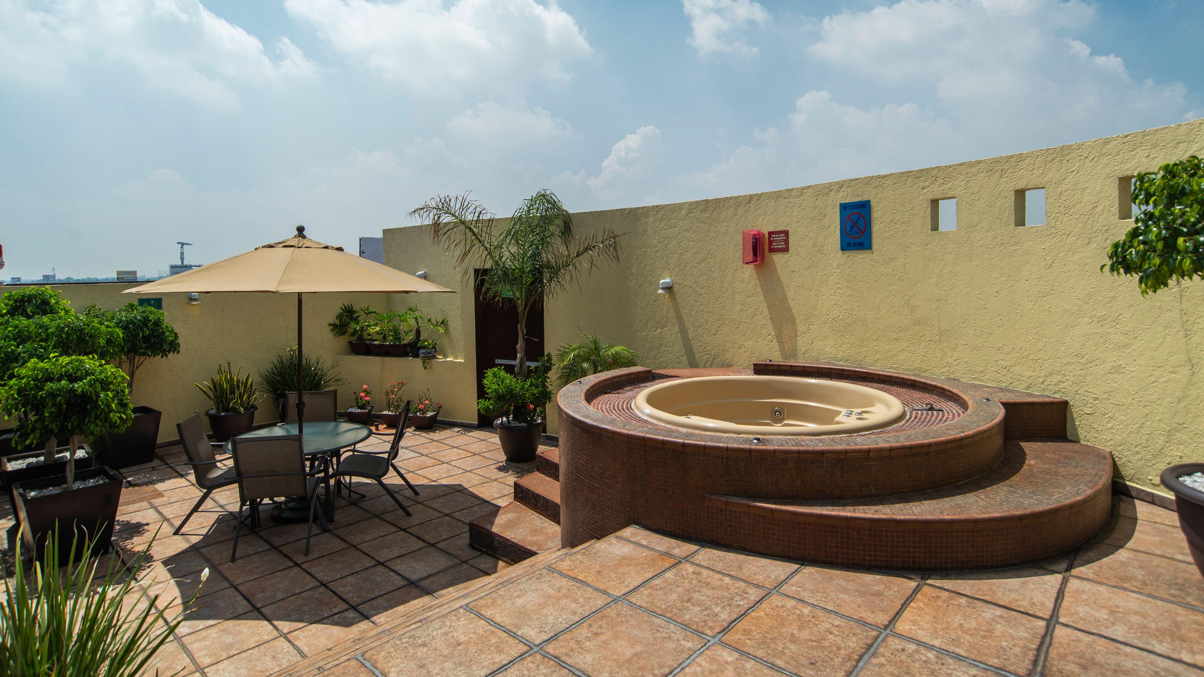 Holiday Inn Mexico Dali Airport