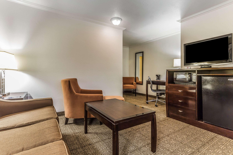 Comfort Inn in Santa Cruz, CA, photo #35