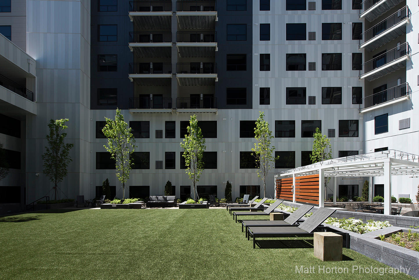 SkyVue Apartments image 2