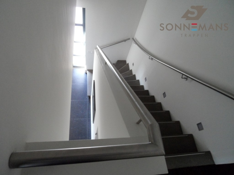 Sonnemans trappen b v openingstijden sonnemans trappen b v