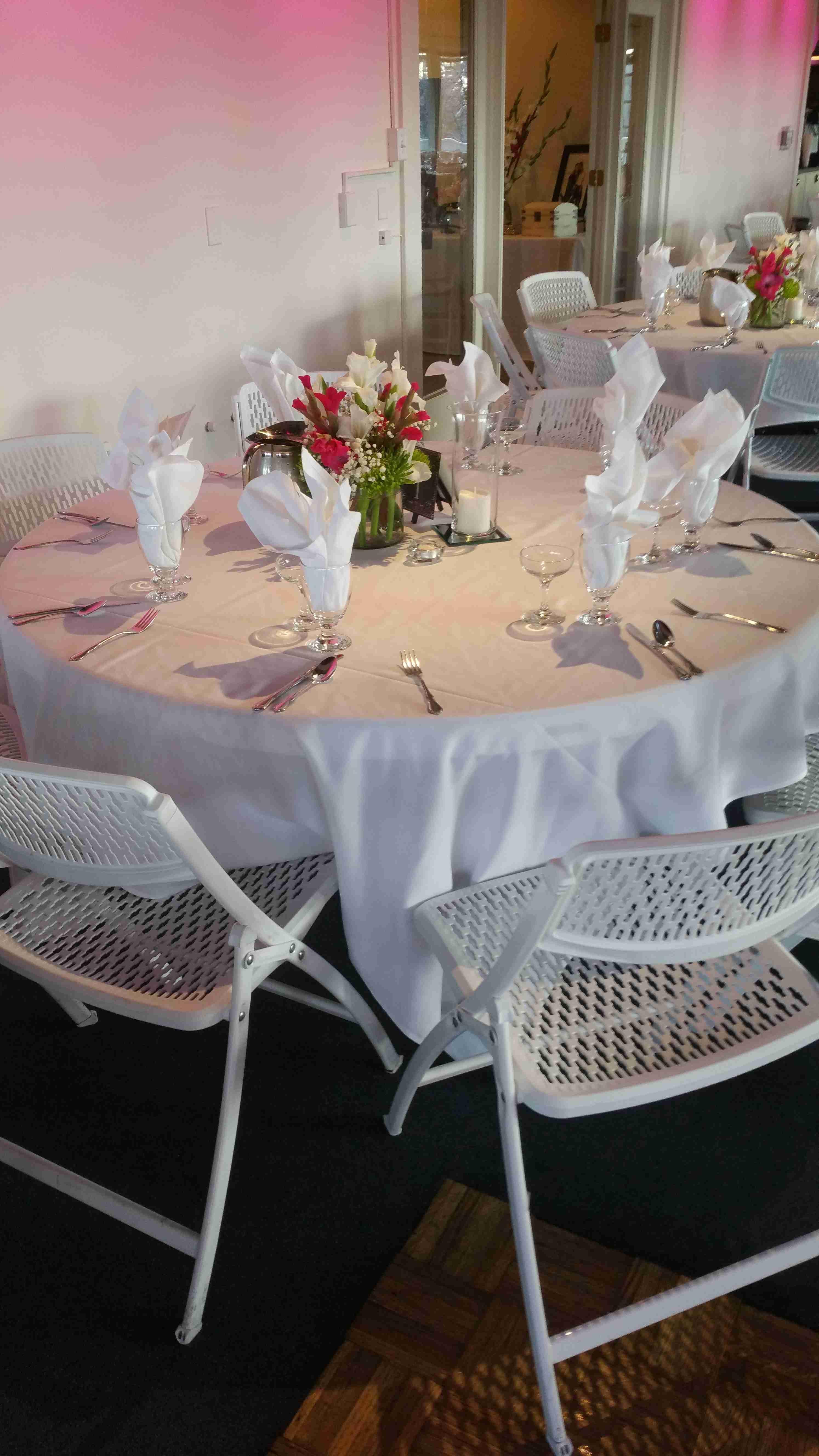 Chez Shari Banquet Facility image 15