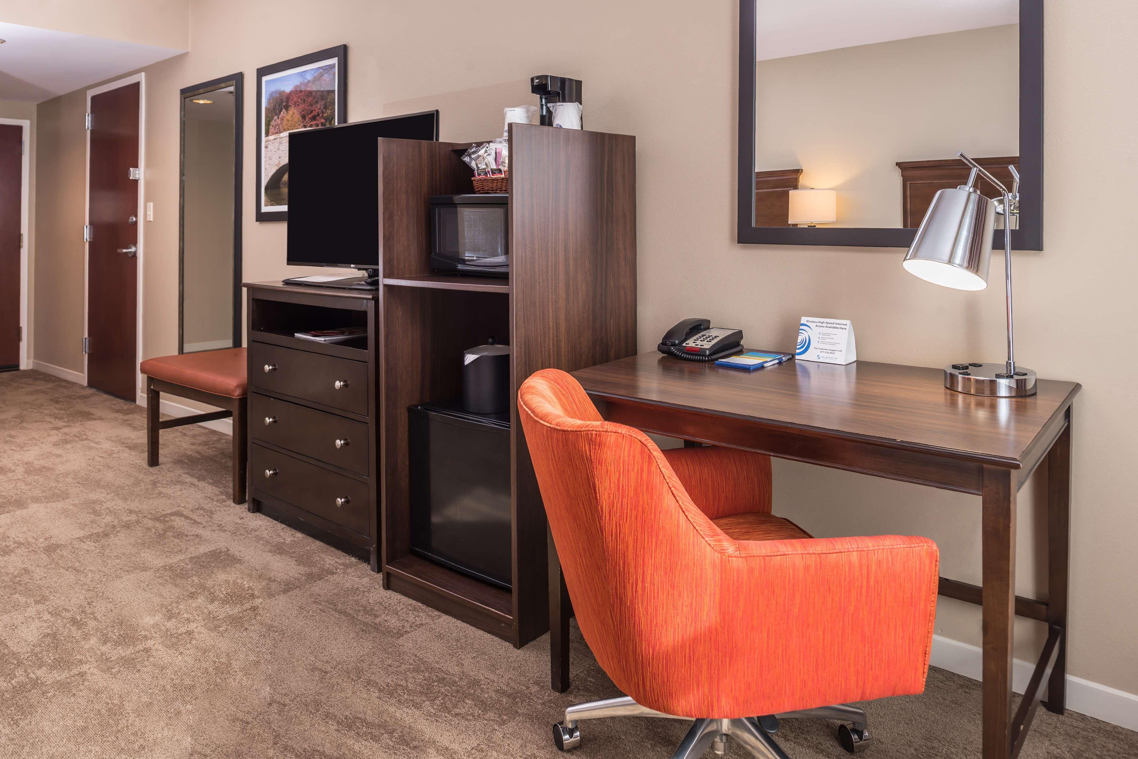 Hampton Inn & Suites Charlotte-Arrowood Rd. image 22