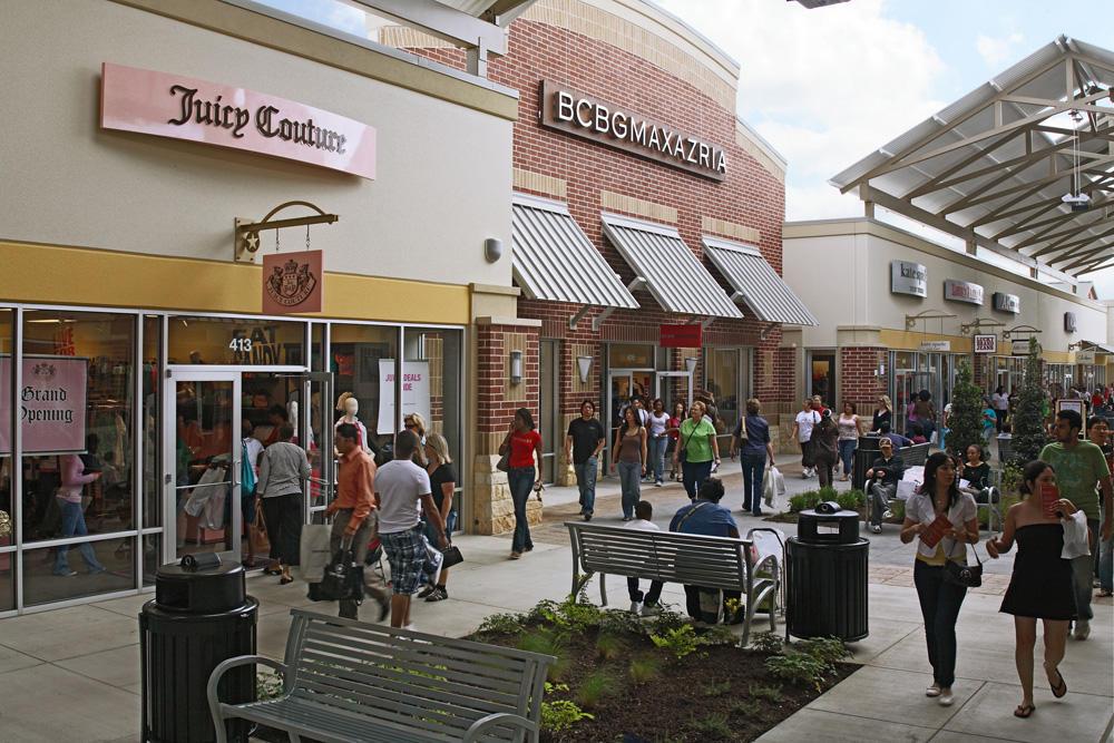 Houston Premium Outlets image 4