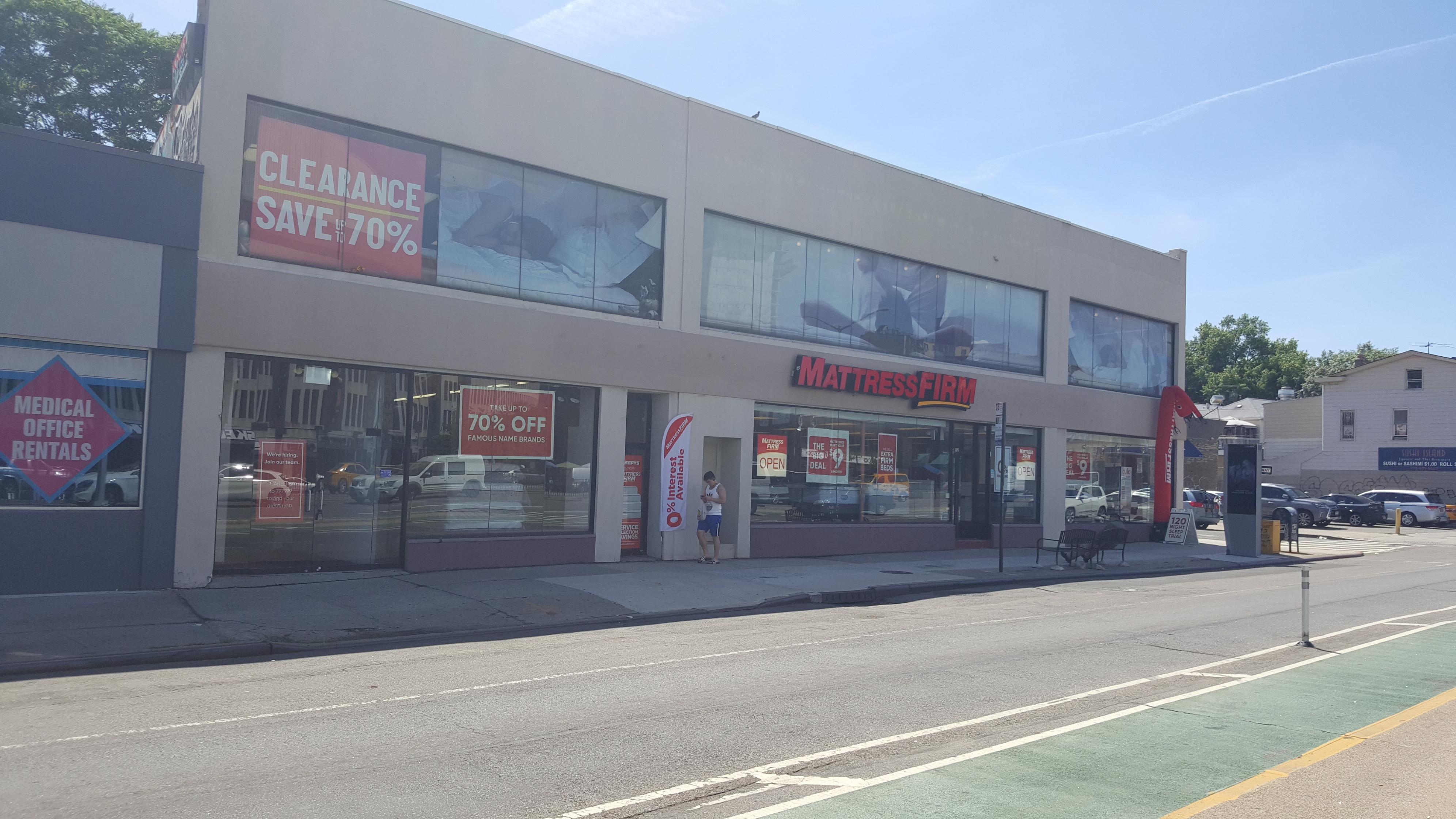 Mattress Firm Elmhurst Clearance image 4