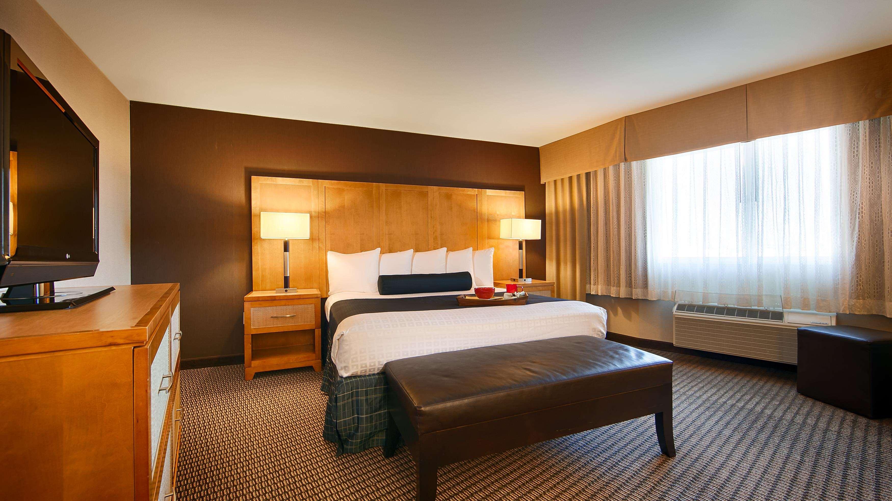 Best Western Plus Marina Gateway Hotel image 6