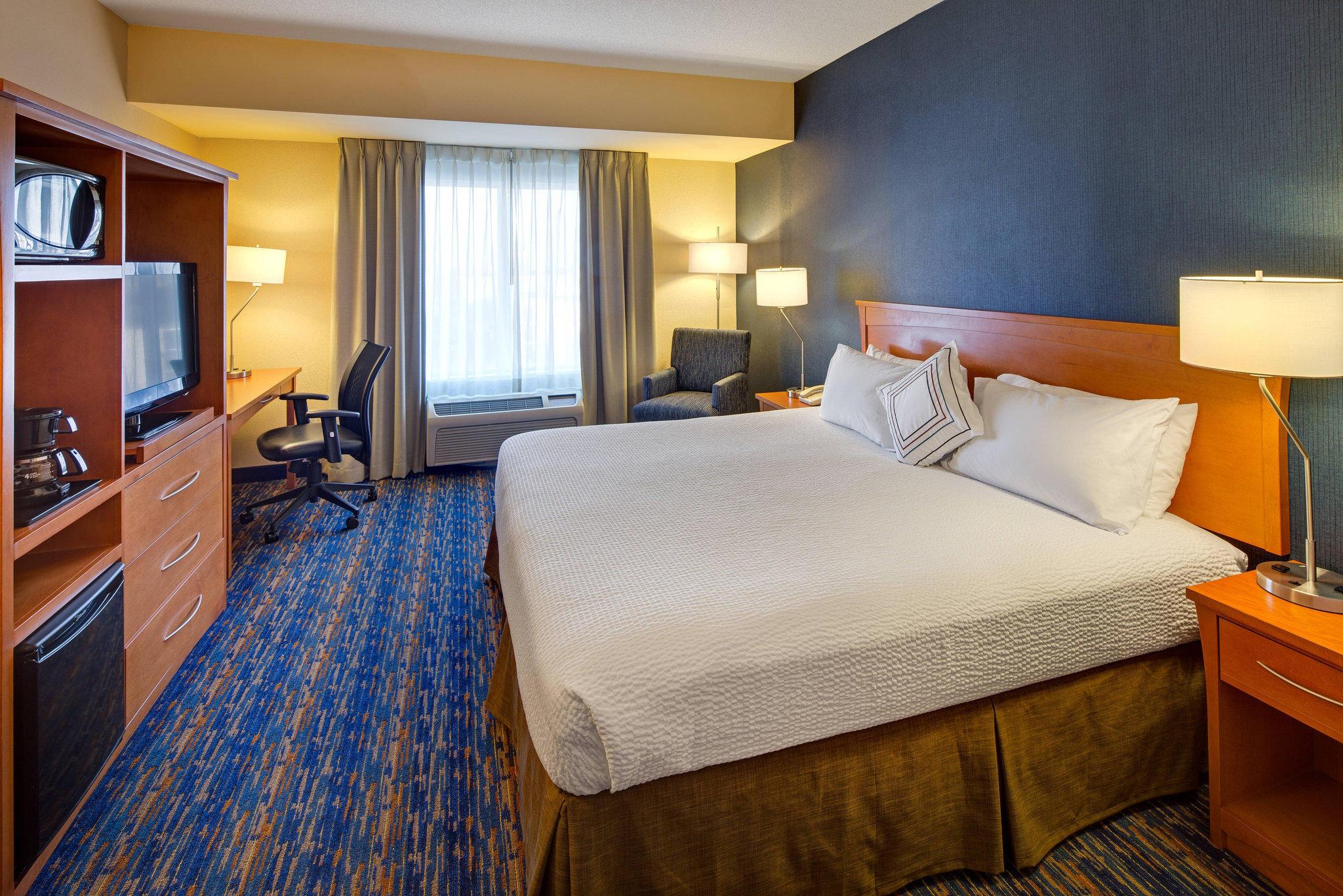 Fairfield Inn & Suites by Marriott Toronto Brampton