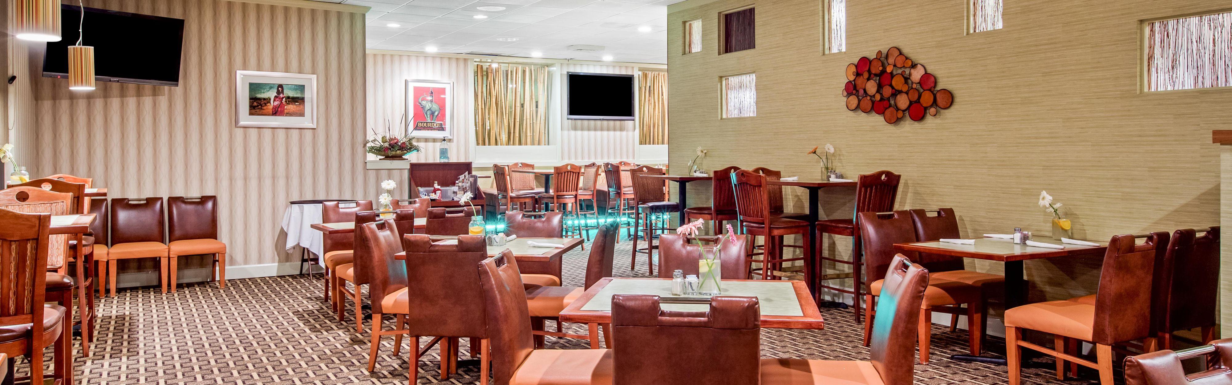 Holiday Inn Roanoke-Tanglewood-Rt 419&I581 image 3