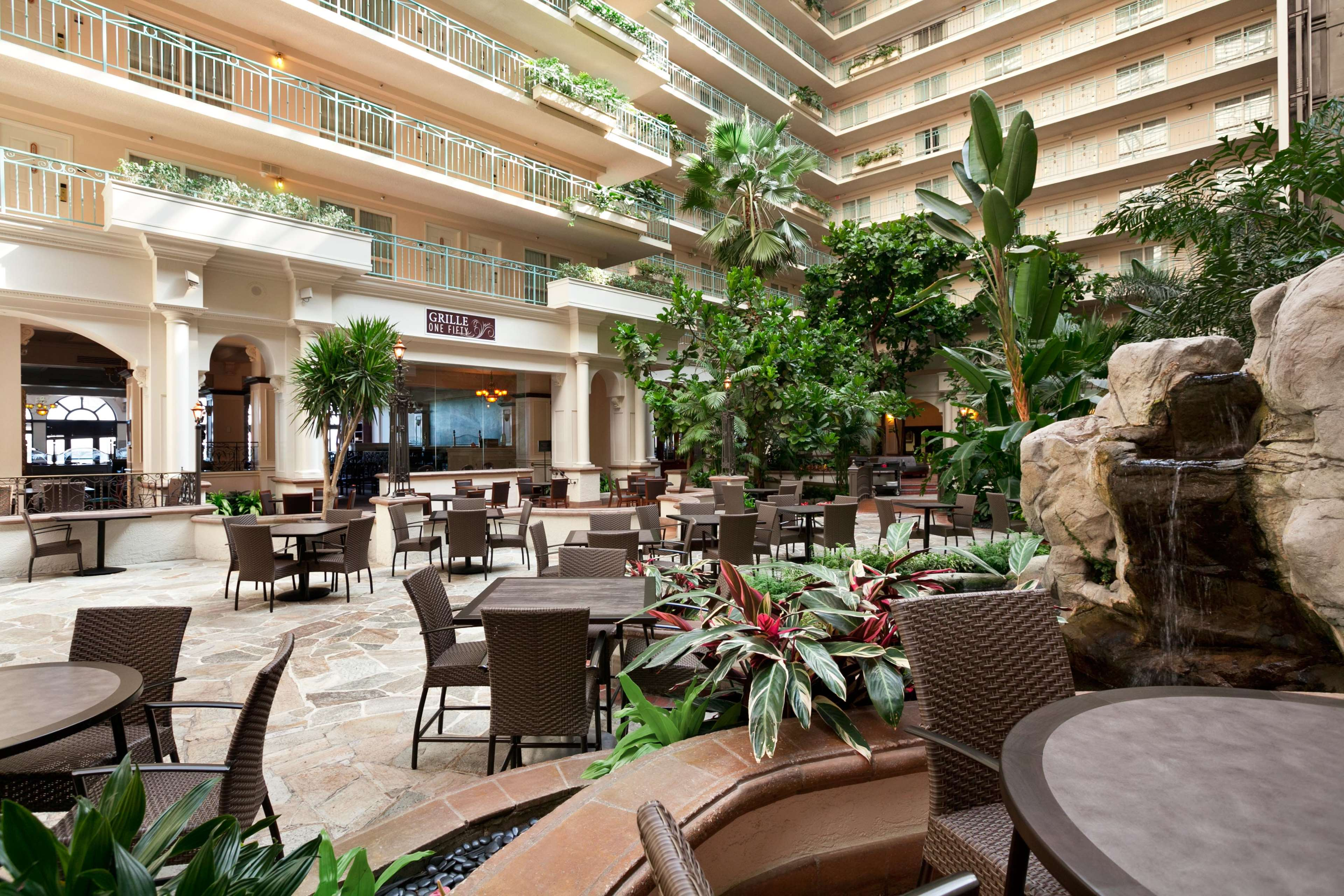 Embassy Suites by Hilton San Francisco Airport Waterfront image 8