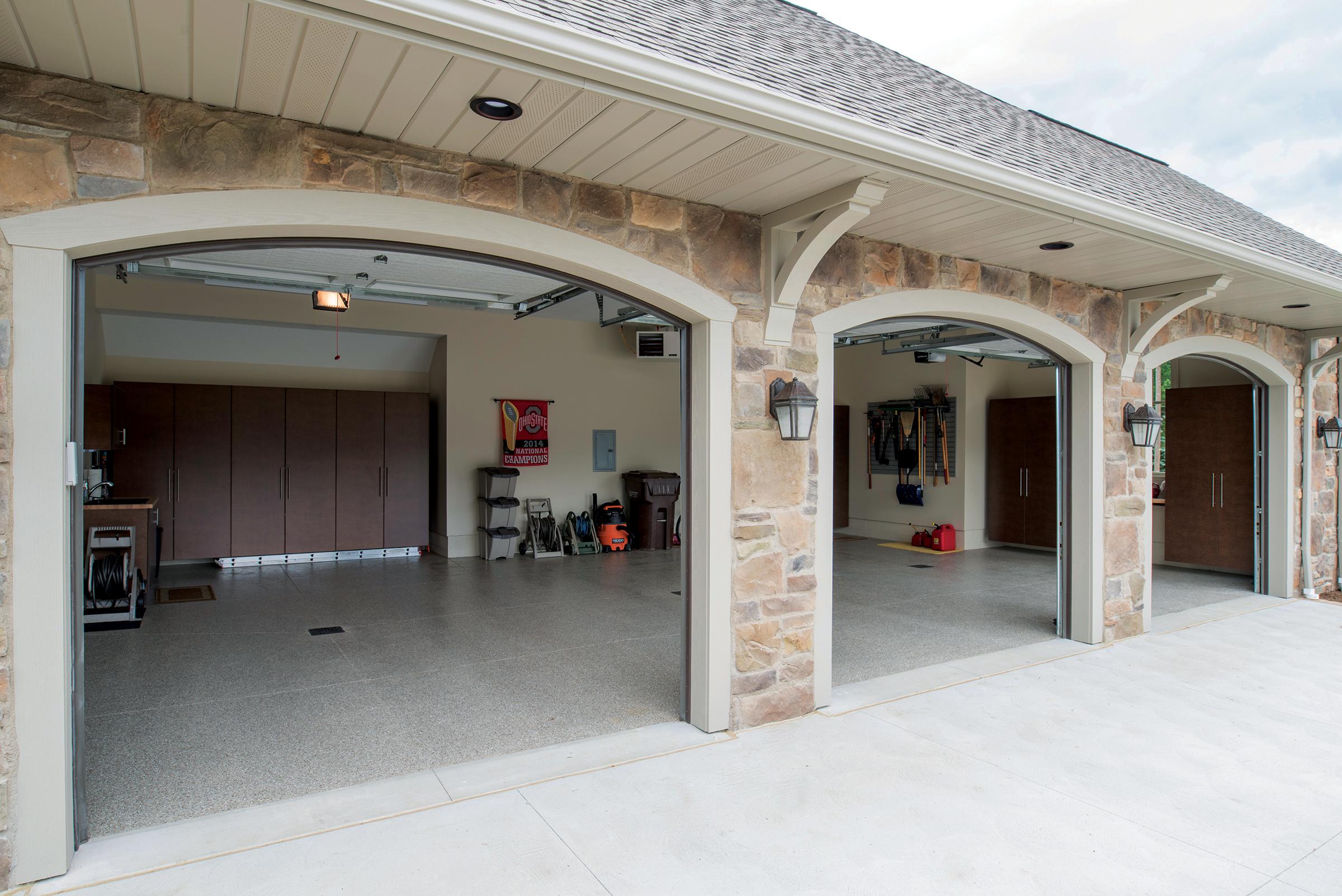 Encore Garage Ohio - Medina image 0