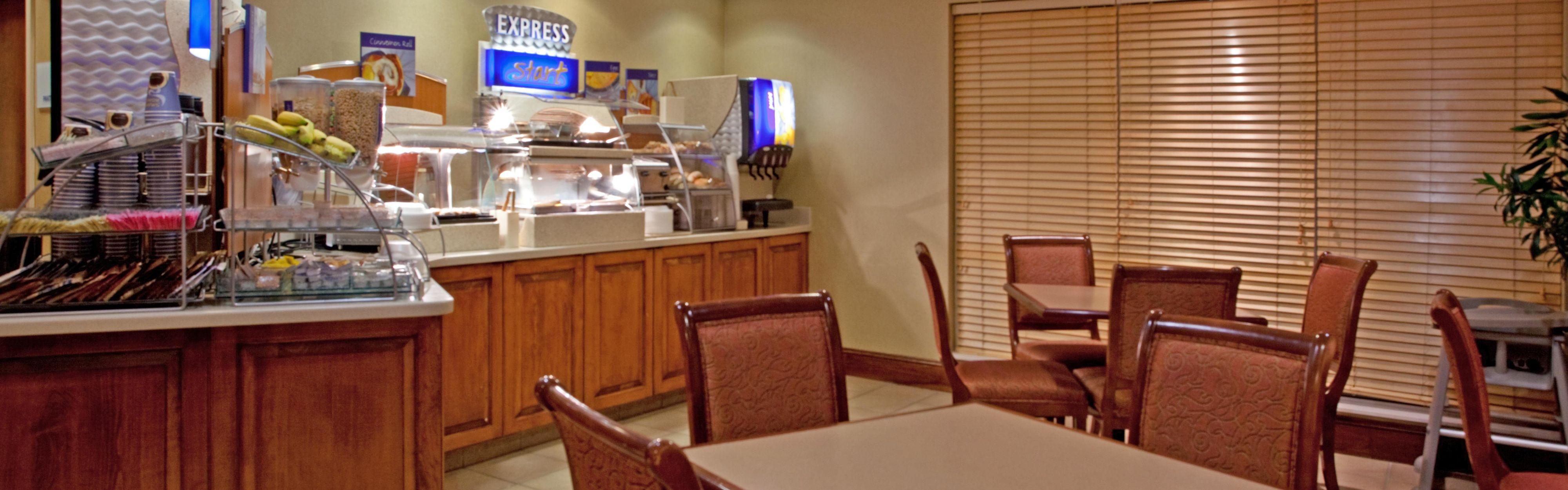 Holiday Inn Express Chapel Hill image 3
