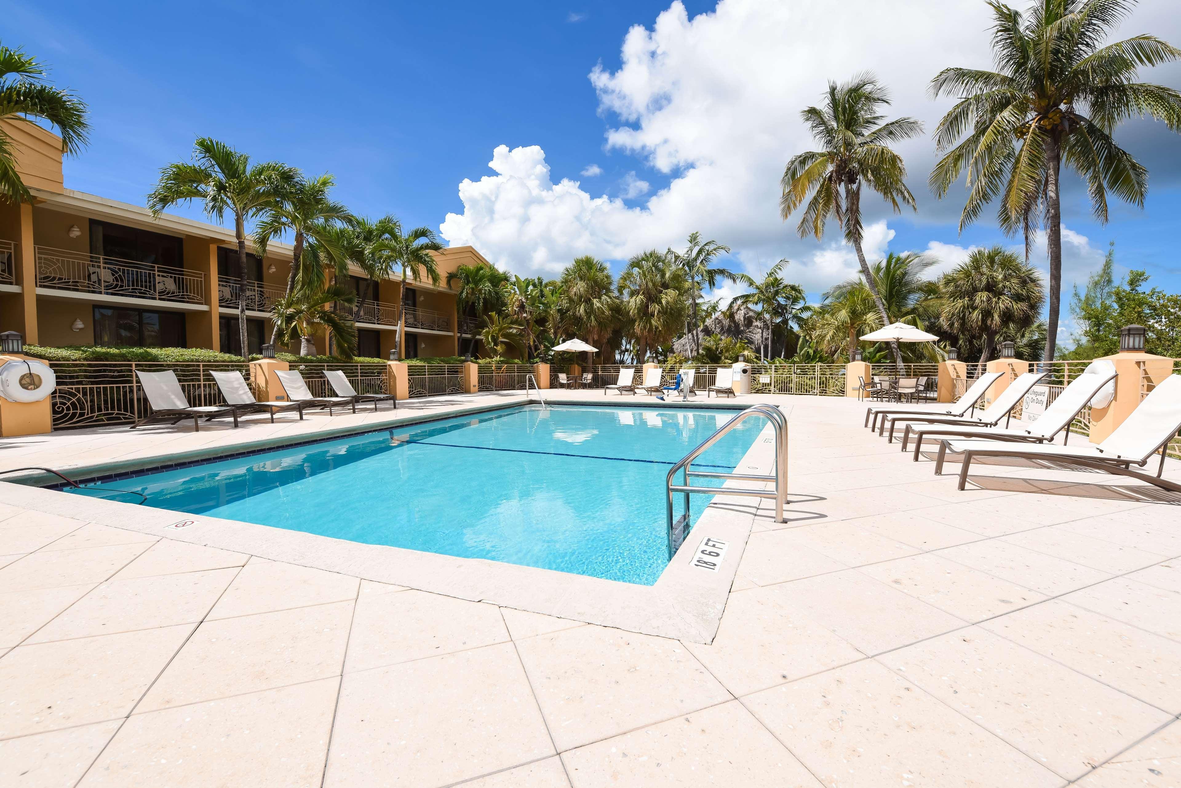 Hampton Inn Key Largo, FL image 13