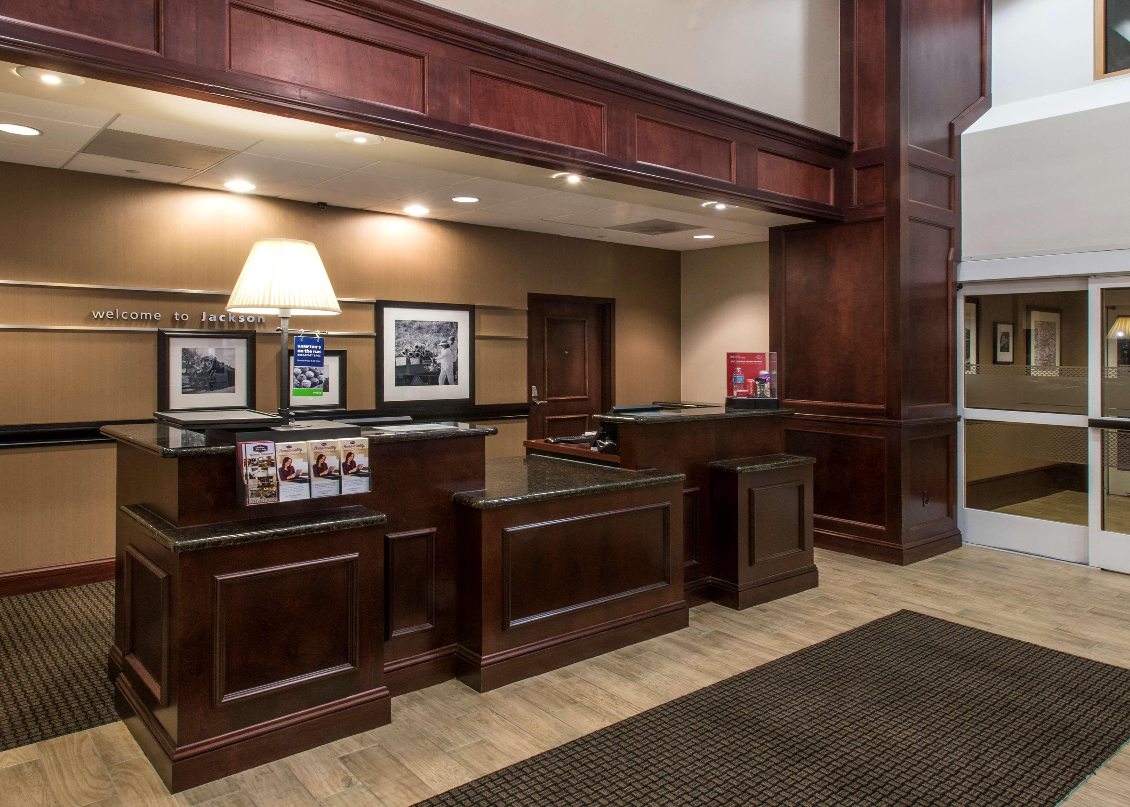 Hampton Inn & Suites Jackson image 8