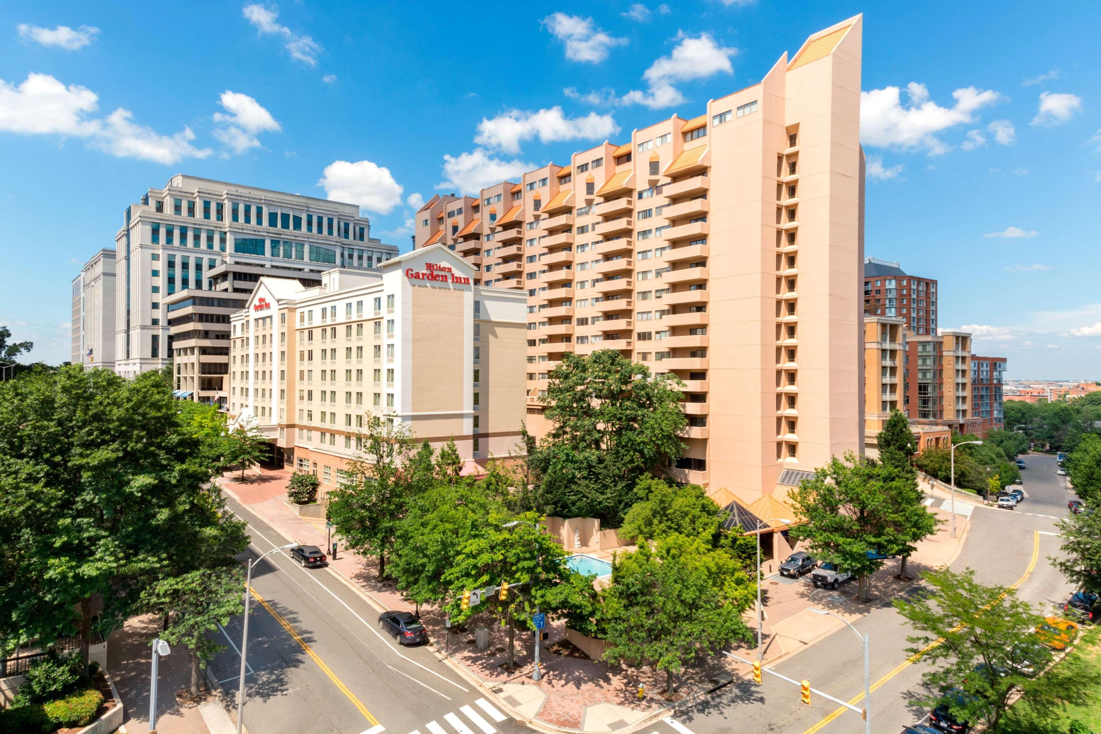 Hilton Garden Inn Arlington/Courthouse Plaza image 11