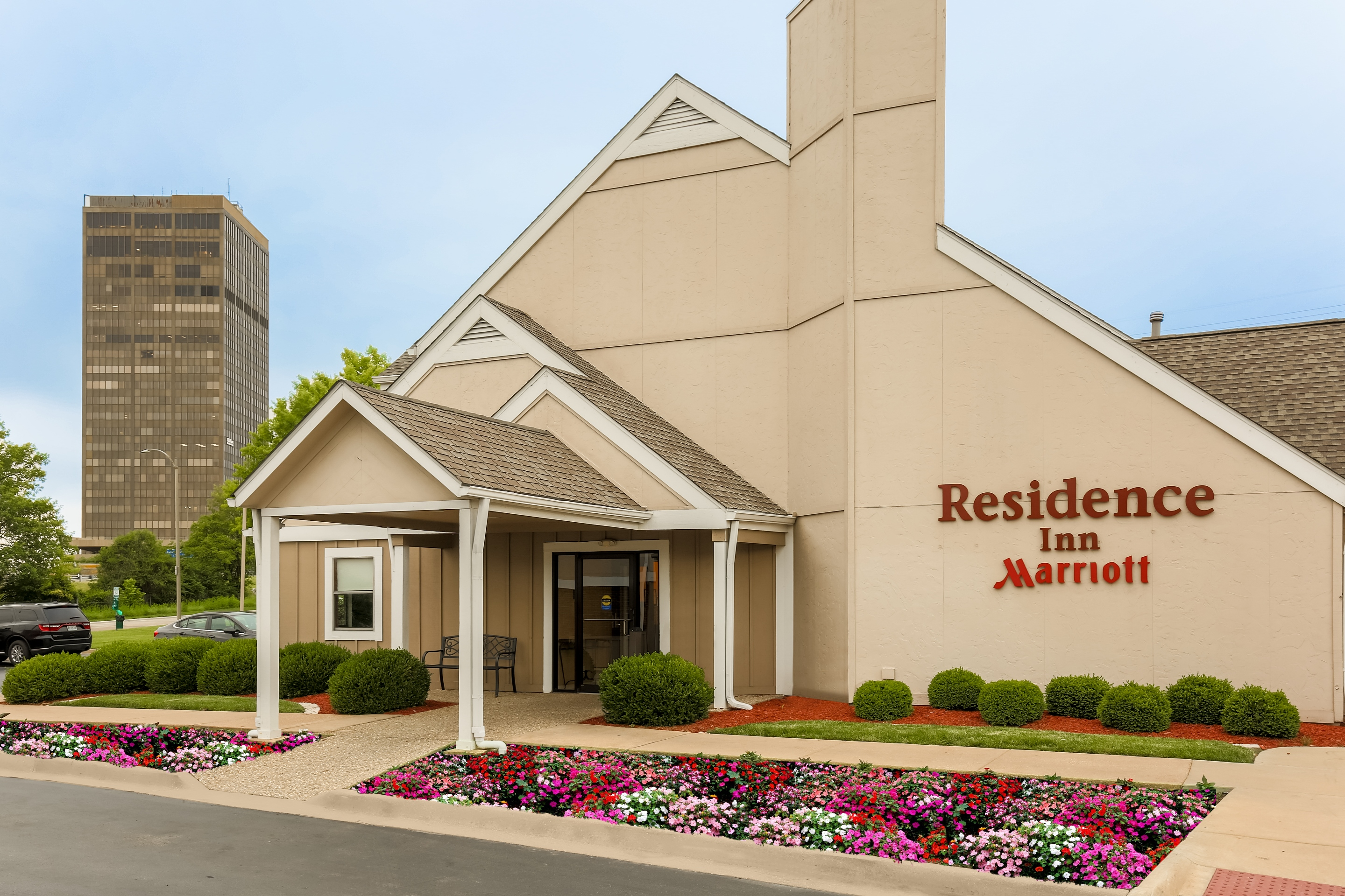 Residence Inn by Marriott St. Louis Galleria image 0